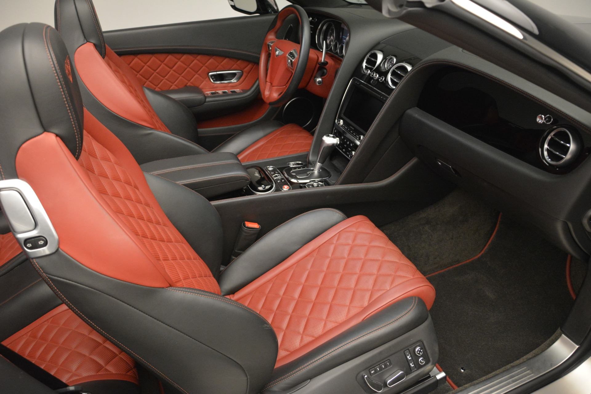 Used 2016 Bentley Continental GT V8 S For Sale In Westport, CT 2530_p32