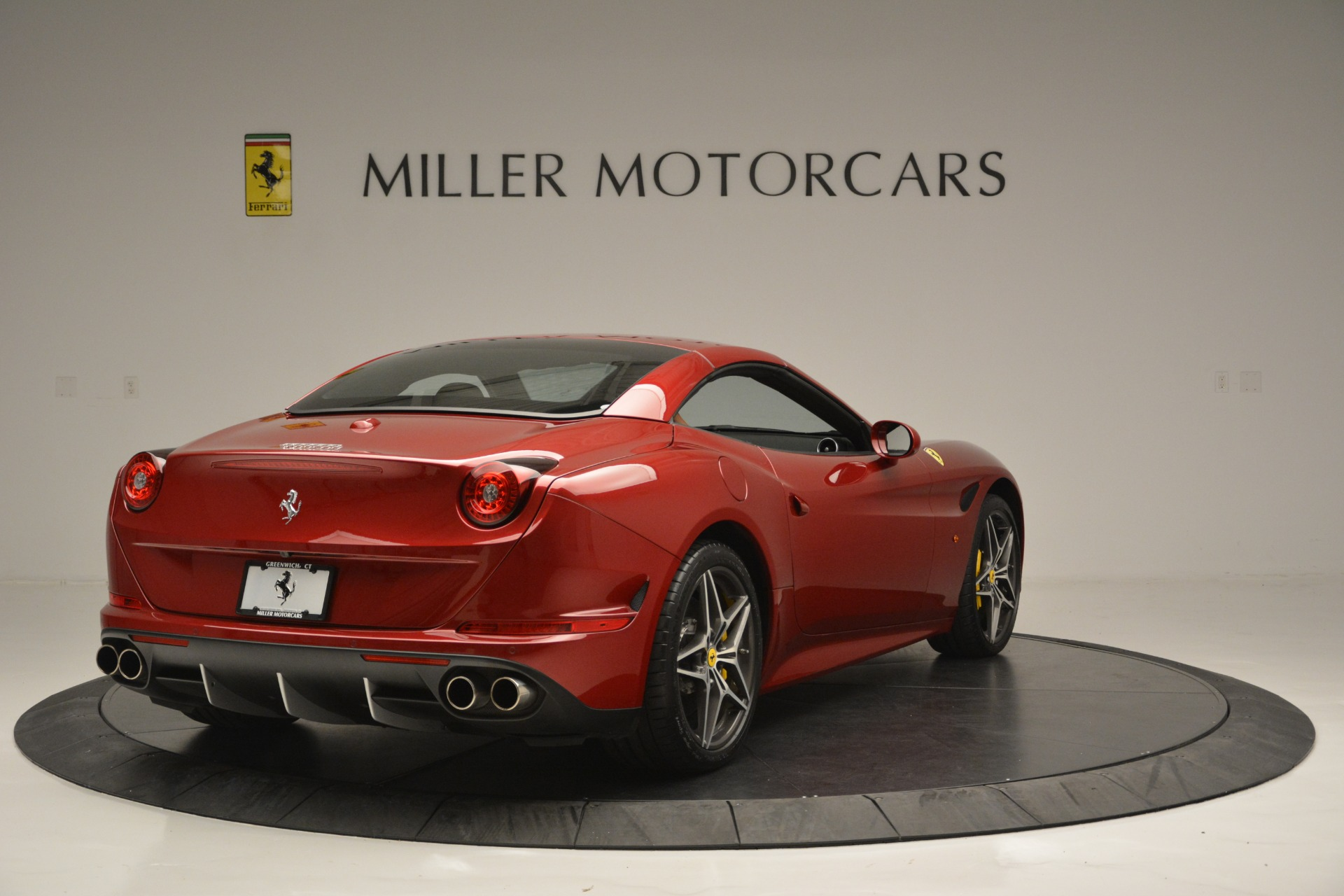 Used 2016 Ferrari California T  For Sale In Westport, CT 2534_p19