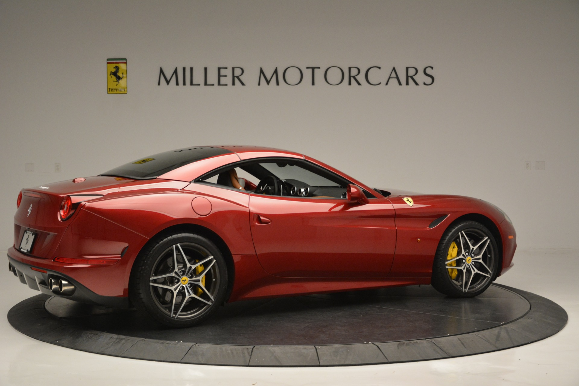 Used 2016 Ferrari California T  For Sale In Westport, CT 2534_p20