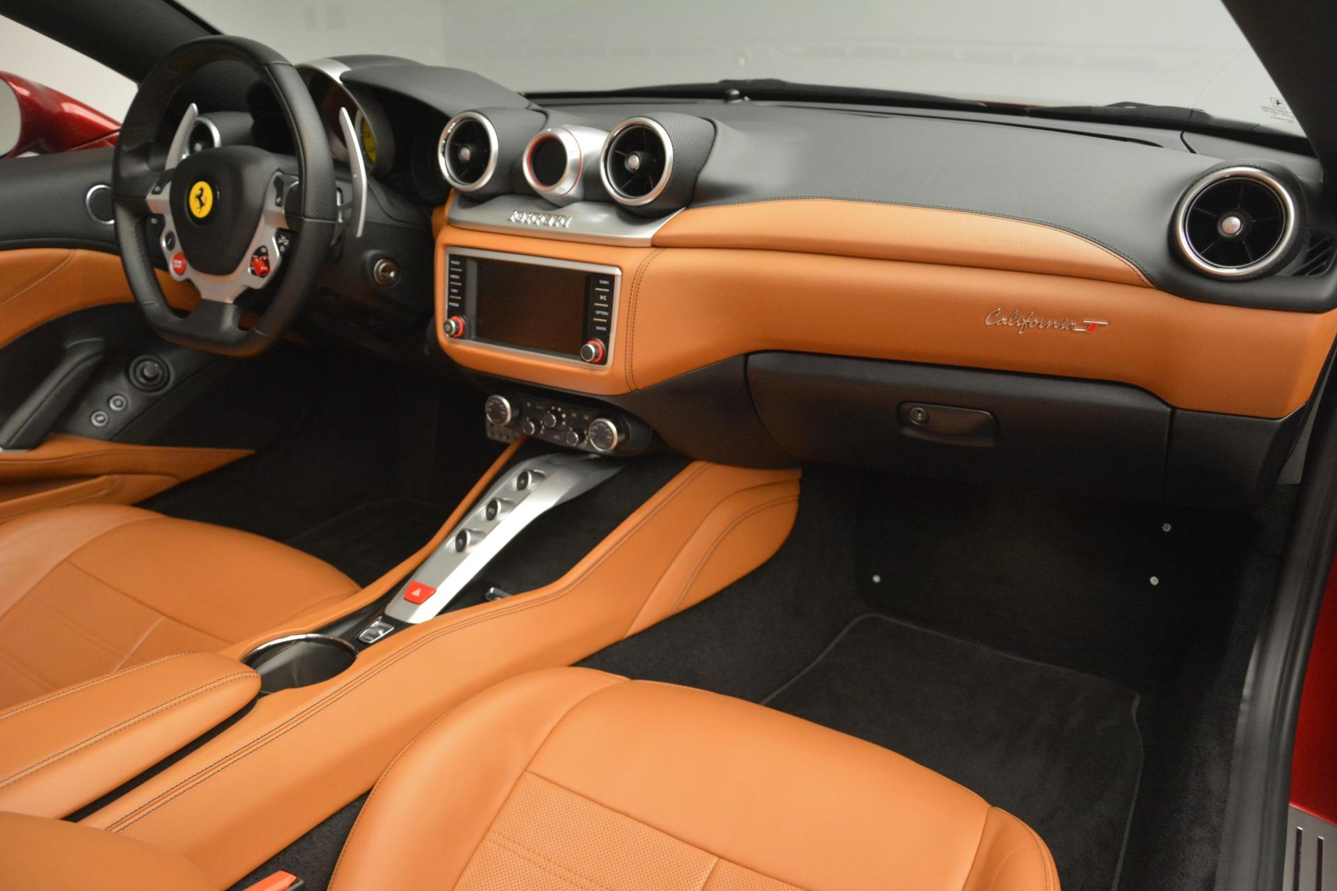 Used 2016 Ferrari California T  For Sale In Westport, CT 2534_p30
