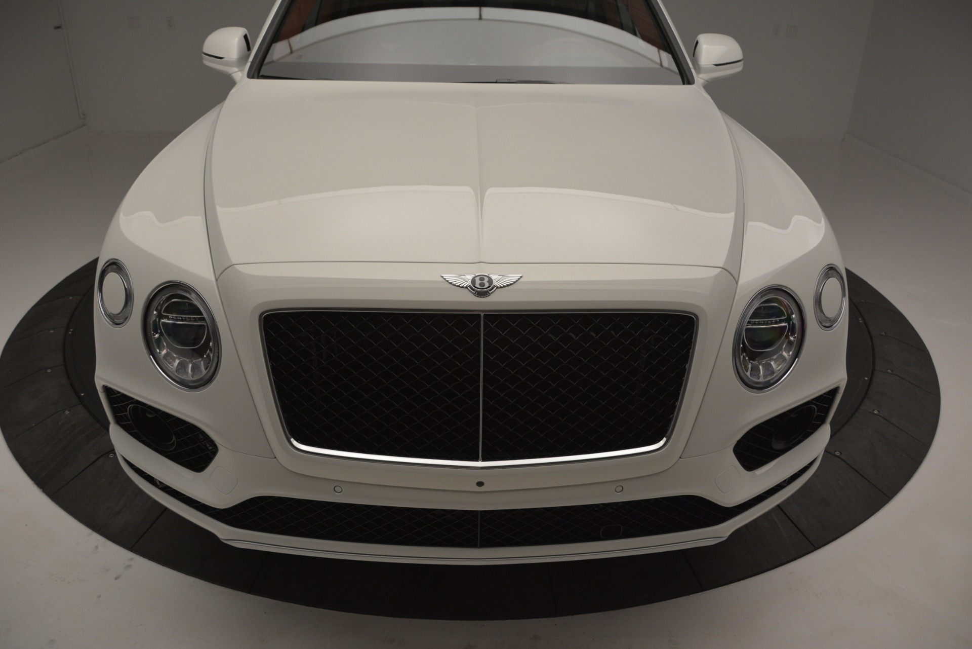 New 2019 Bentley Bentayga V8 For Sale In Westport, CT 2535_p13