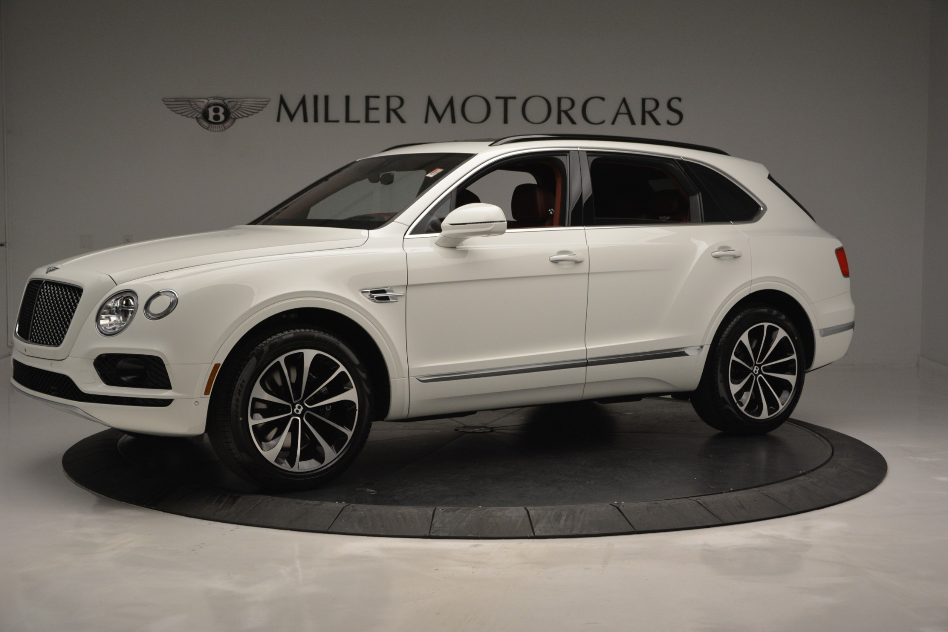 New 2019 Bentley Bentayga V8 For Sale In Westport, CT 2535_p2