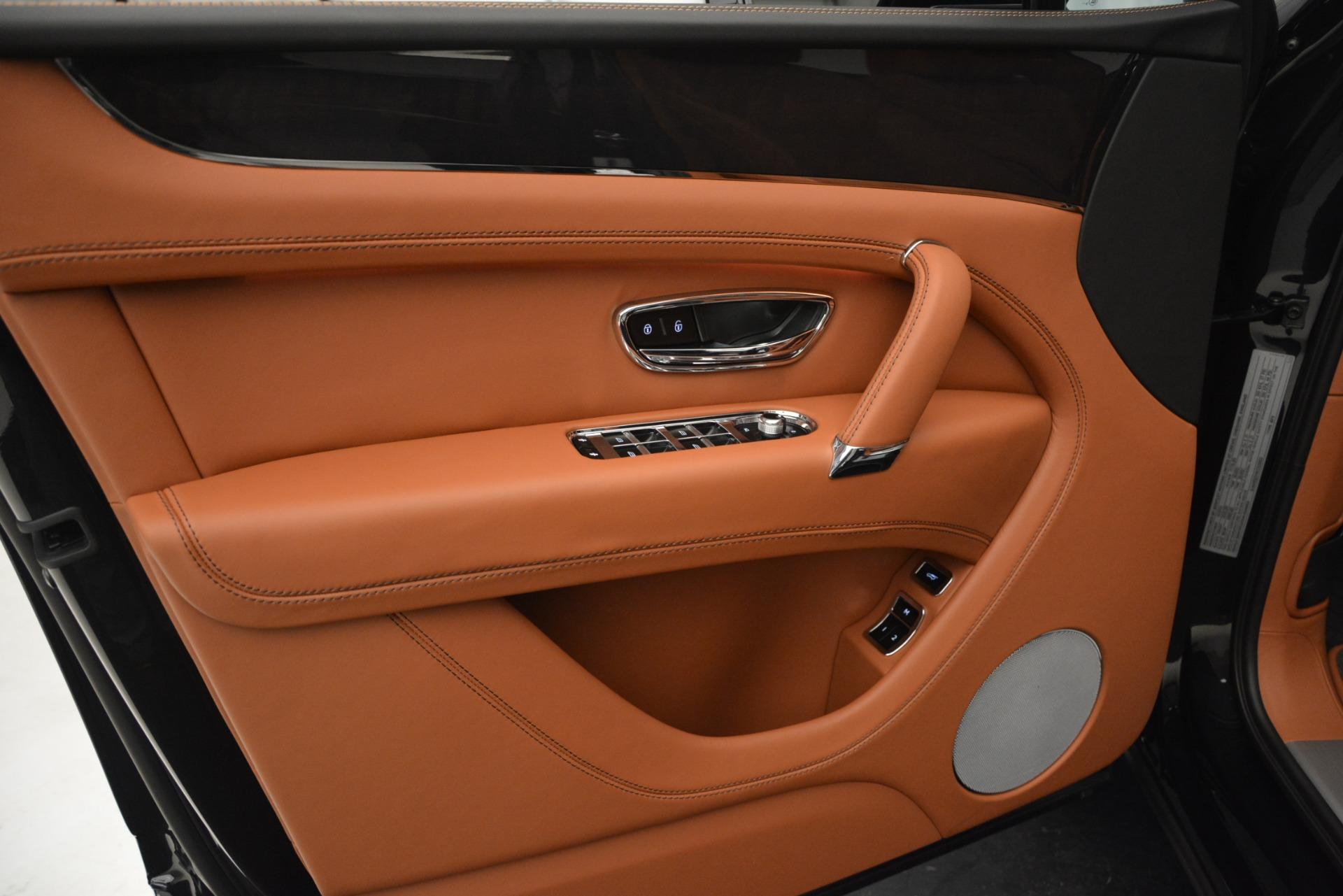 New 2019 Bentley Bentayga V8 For Sale In Westport, CT 2537_p16