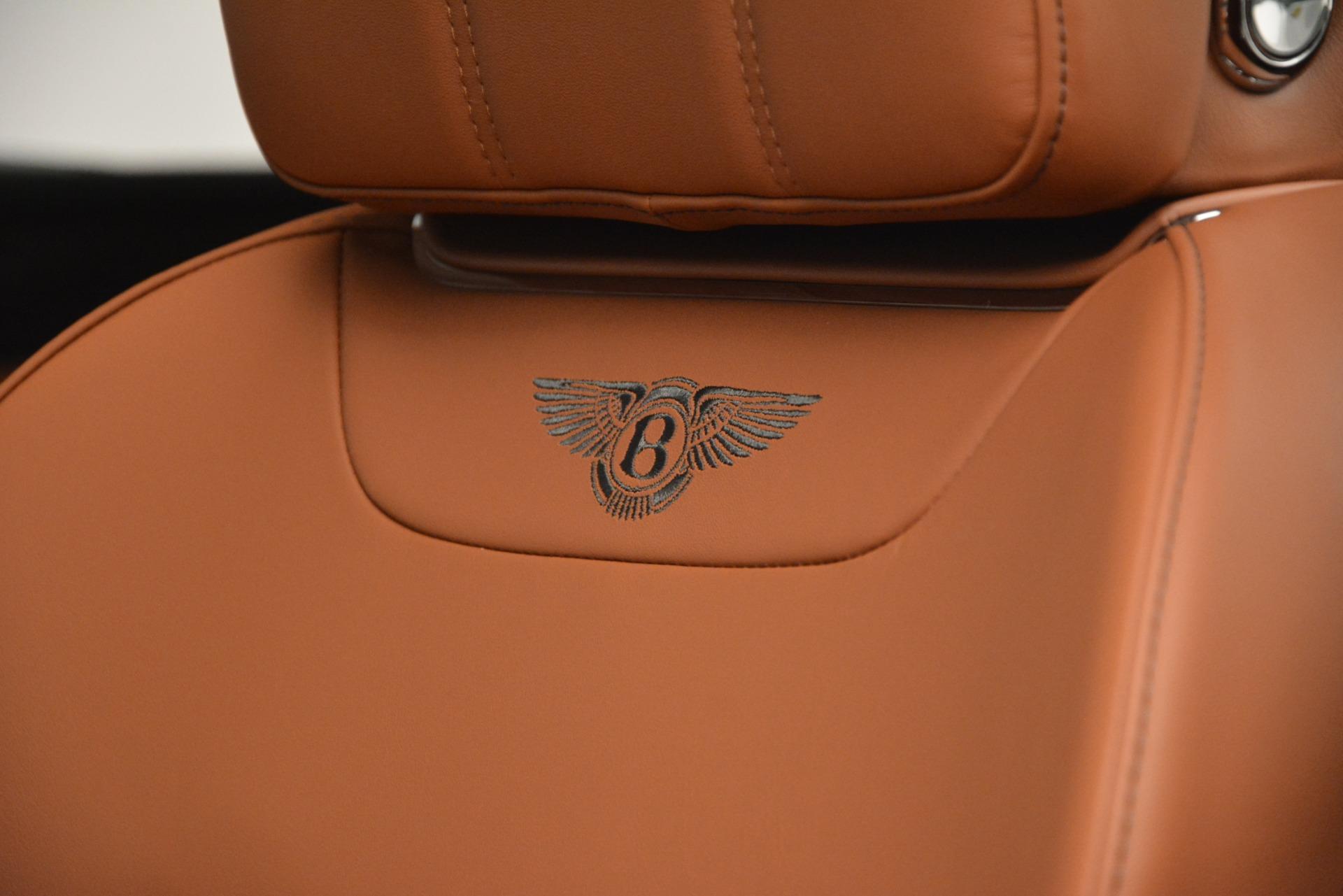 New 2019 Bentley Bentayga V8 For Sale In Westport, CT 2537_p19
