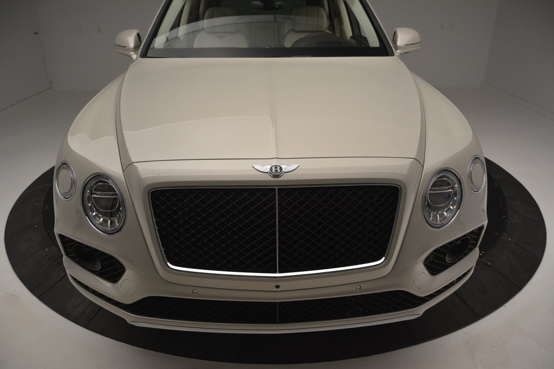 New 2019 Bentley Bentayga V8 For Sale In Westport, CT 2538_p13