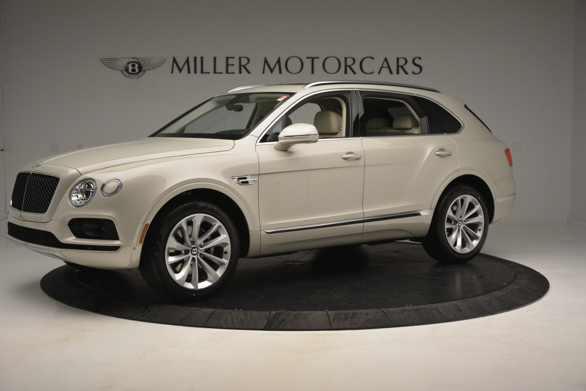 New 2019 Bentley Bentayga V8 For Sale In Westport, CT 2538_p2
