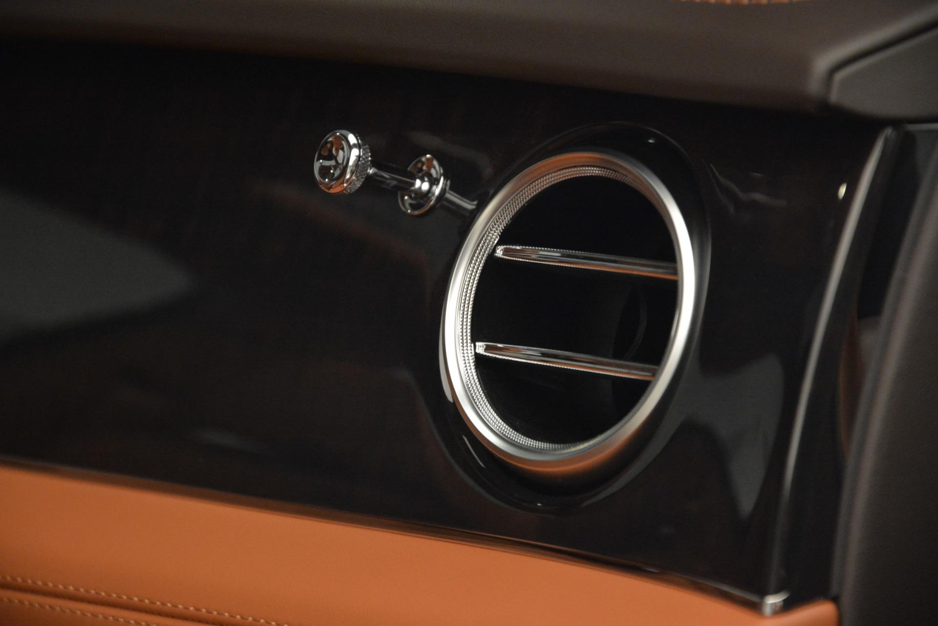 New 2019 Bentley Bentayga V8 For Sale In Westport, CT 2539_p26