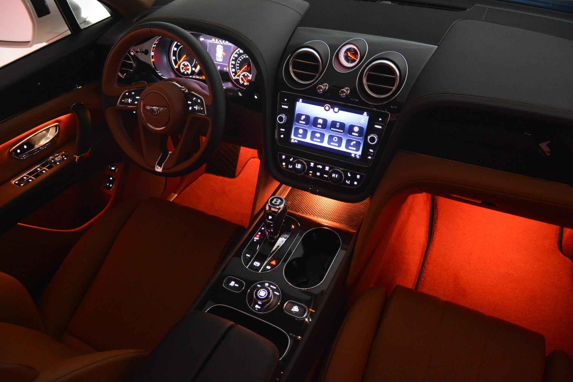 New 2019 Bentley Bentayga V8 For Sale In Westport, CT 2539_p32