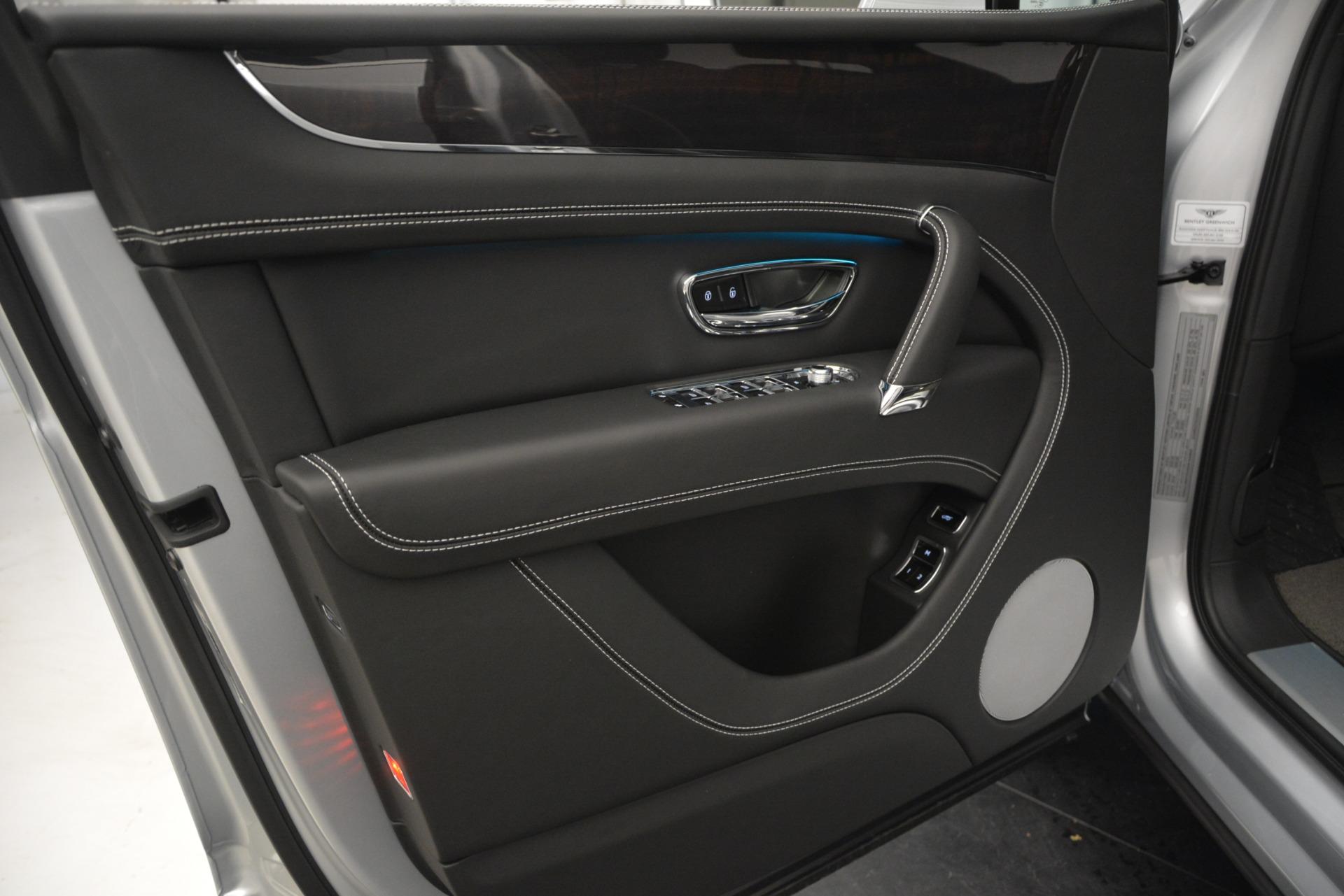 Used 2019 Bentley Bentayga V8 For Sale In Westport, CT 2540_p16
