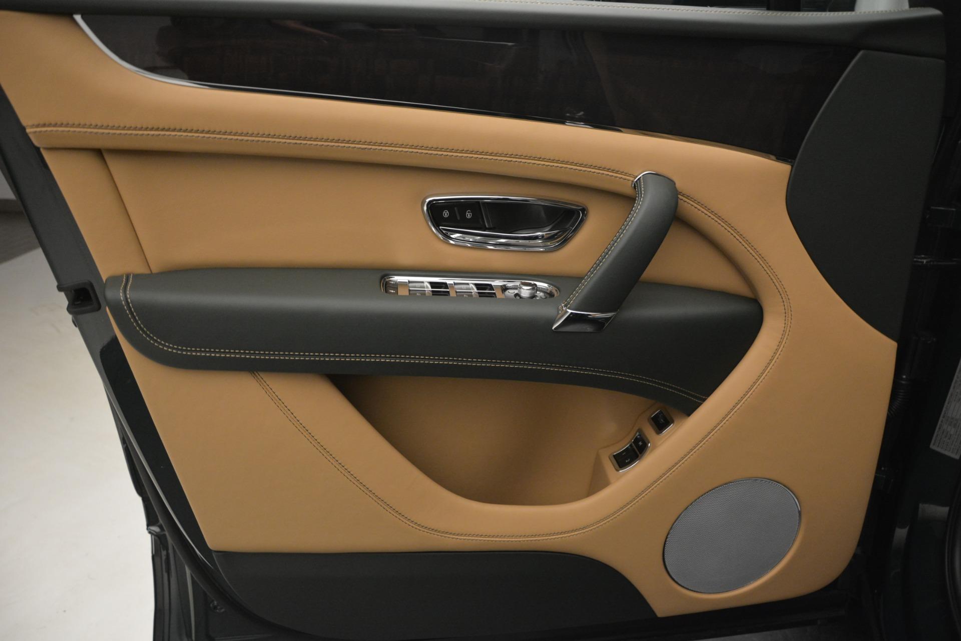 New 2019 Bentley Bentayga V8 For Sale In Westport, CT 2541_p17