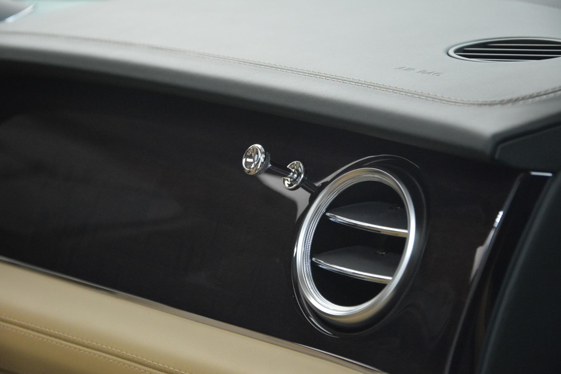 New 2019 Bentley Bentayga V8 For Sale In Westport, CT 2541_p24