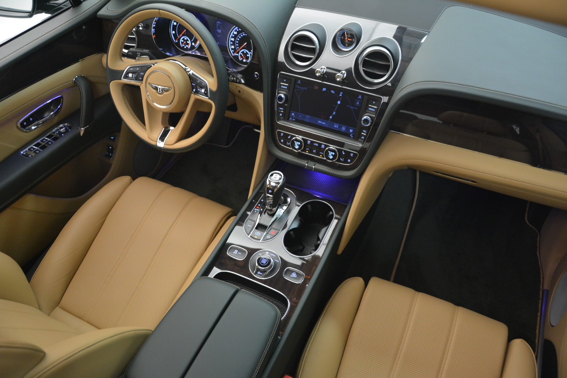 New 2019 Bentley Bentayga V8 For Sale In Westport, CT 2541_p30