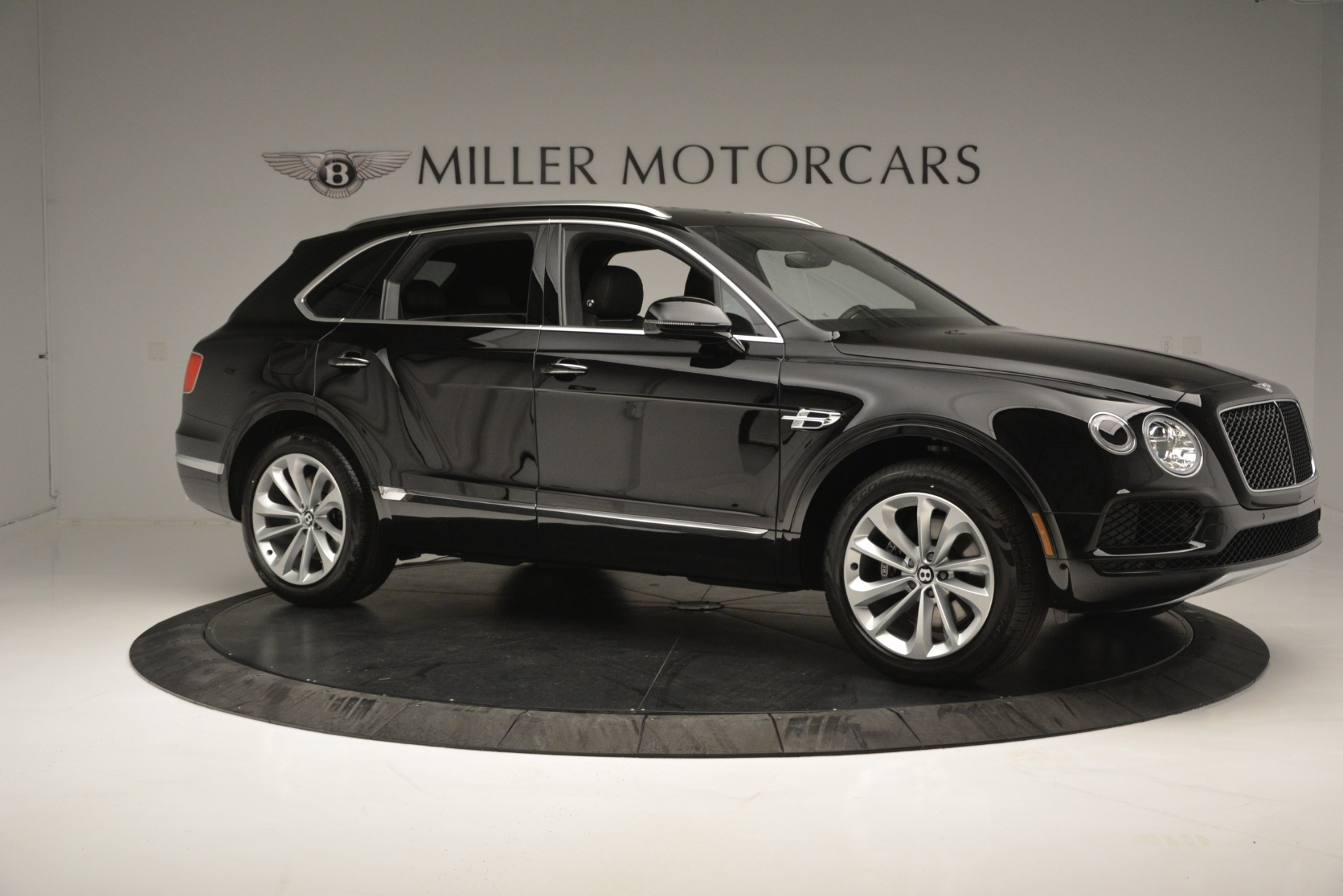 New 2019 Bentley Bentayga V8 For Sale In Westport, CT 2545_p10