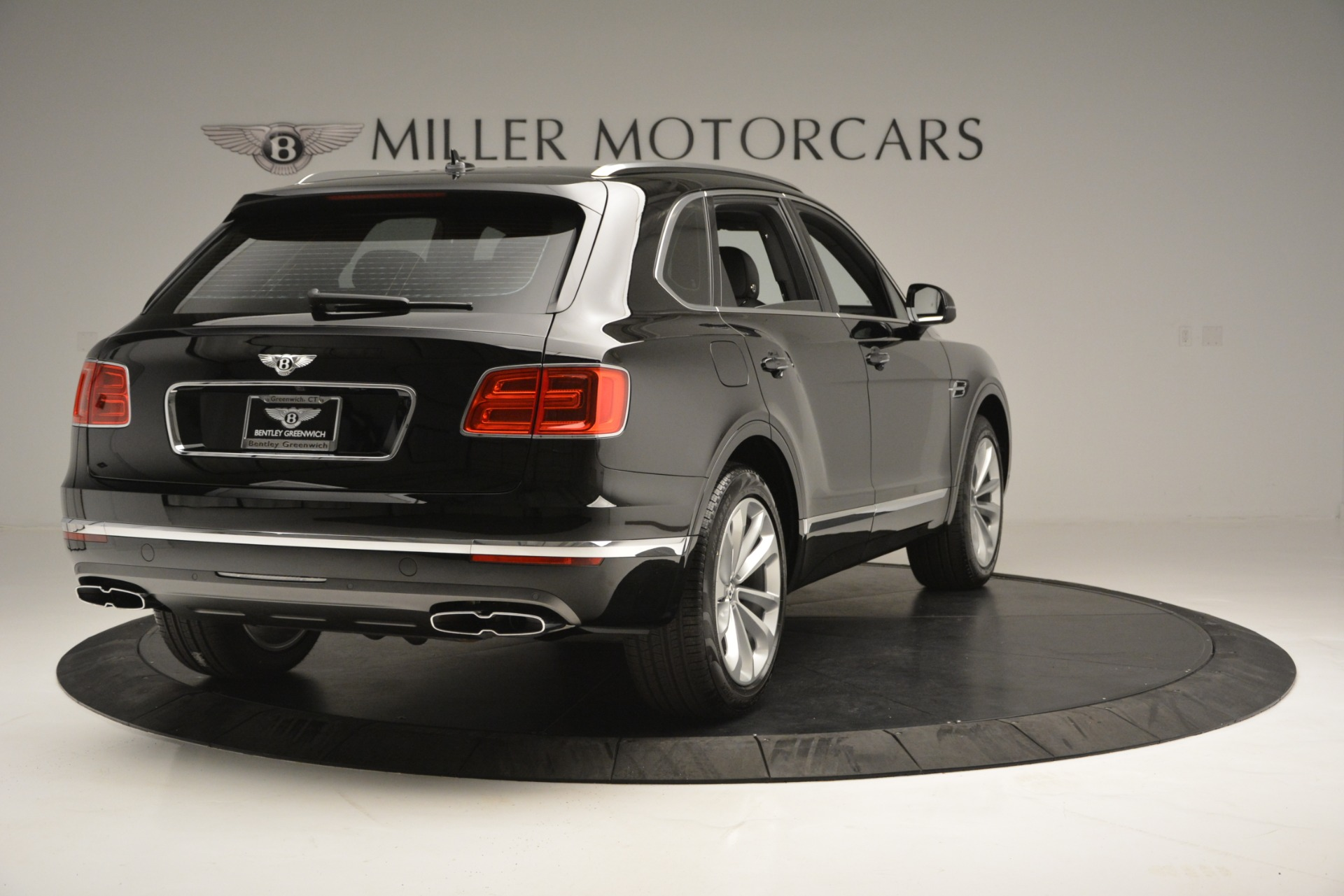 New 2019 Bentley Bentayga V8 For Sale In Westport, CT 2545_p7