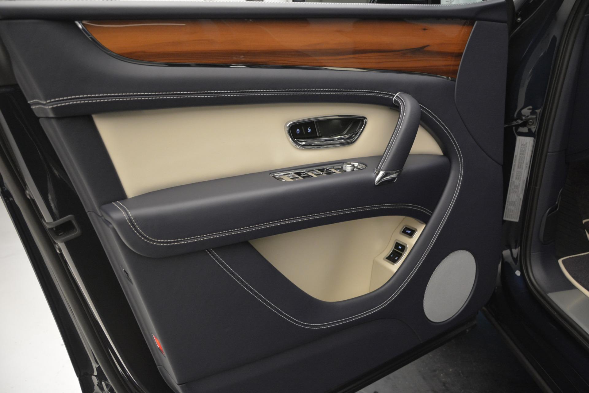 New 2019 Bentley Bentayga V8 For Sale In Westport, CT 2546_p16