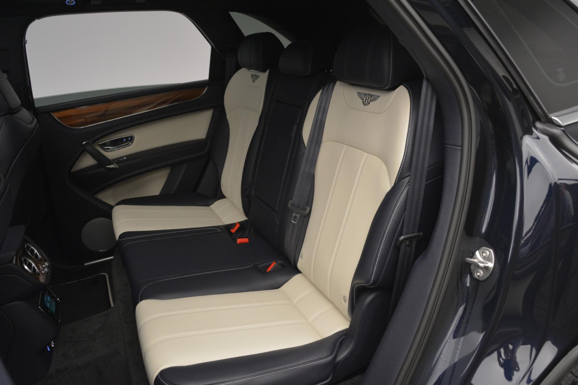 New 2019 Bentley Bentayga V8 For Sale In Westport, CT 2546_p23