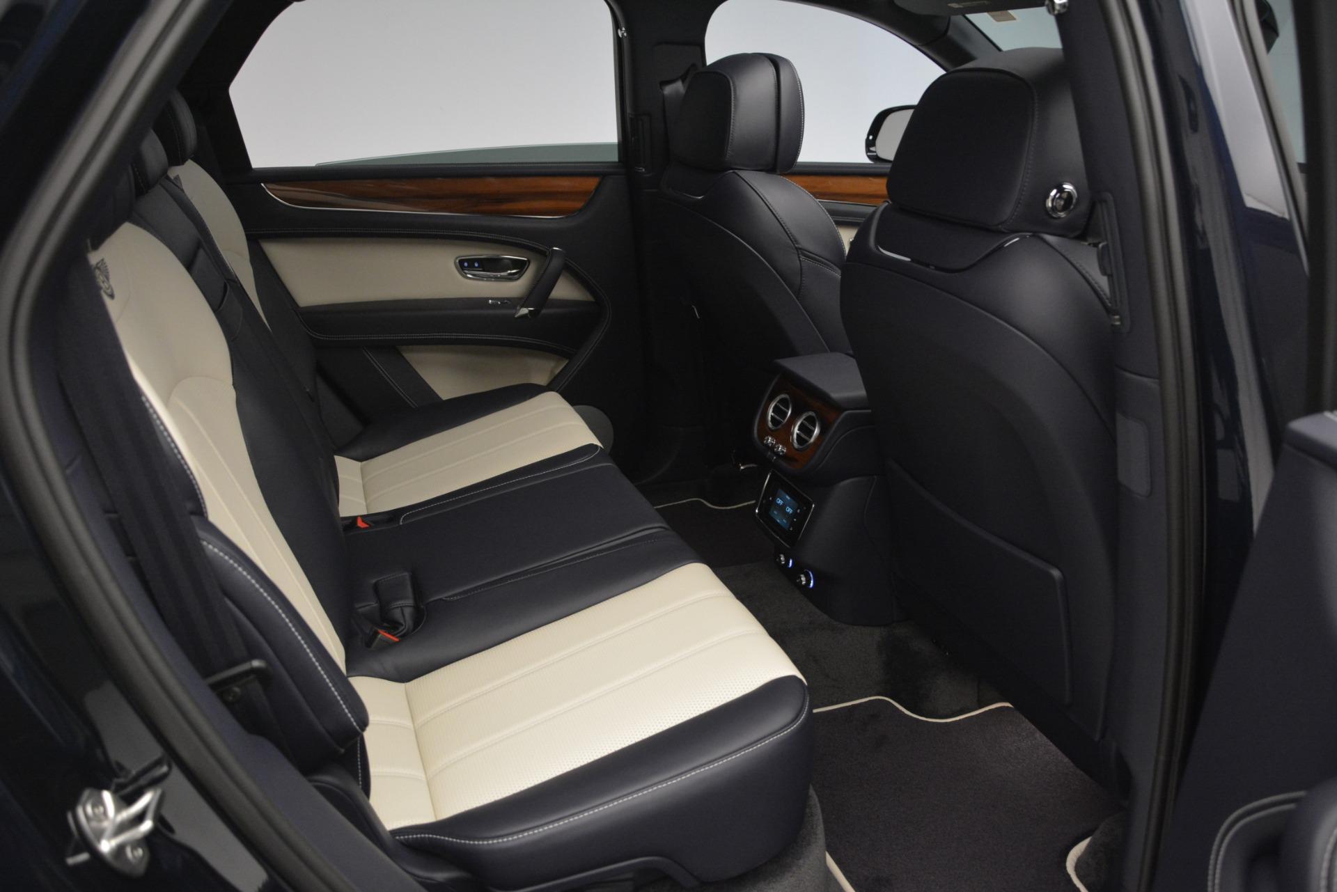 New 2019 Bentley Bentayga V8 For Sale In Westport, CT 2546_p24