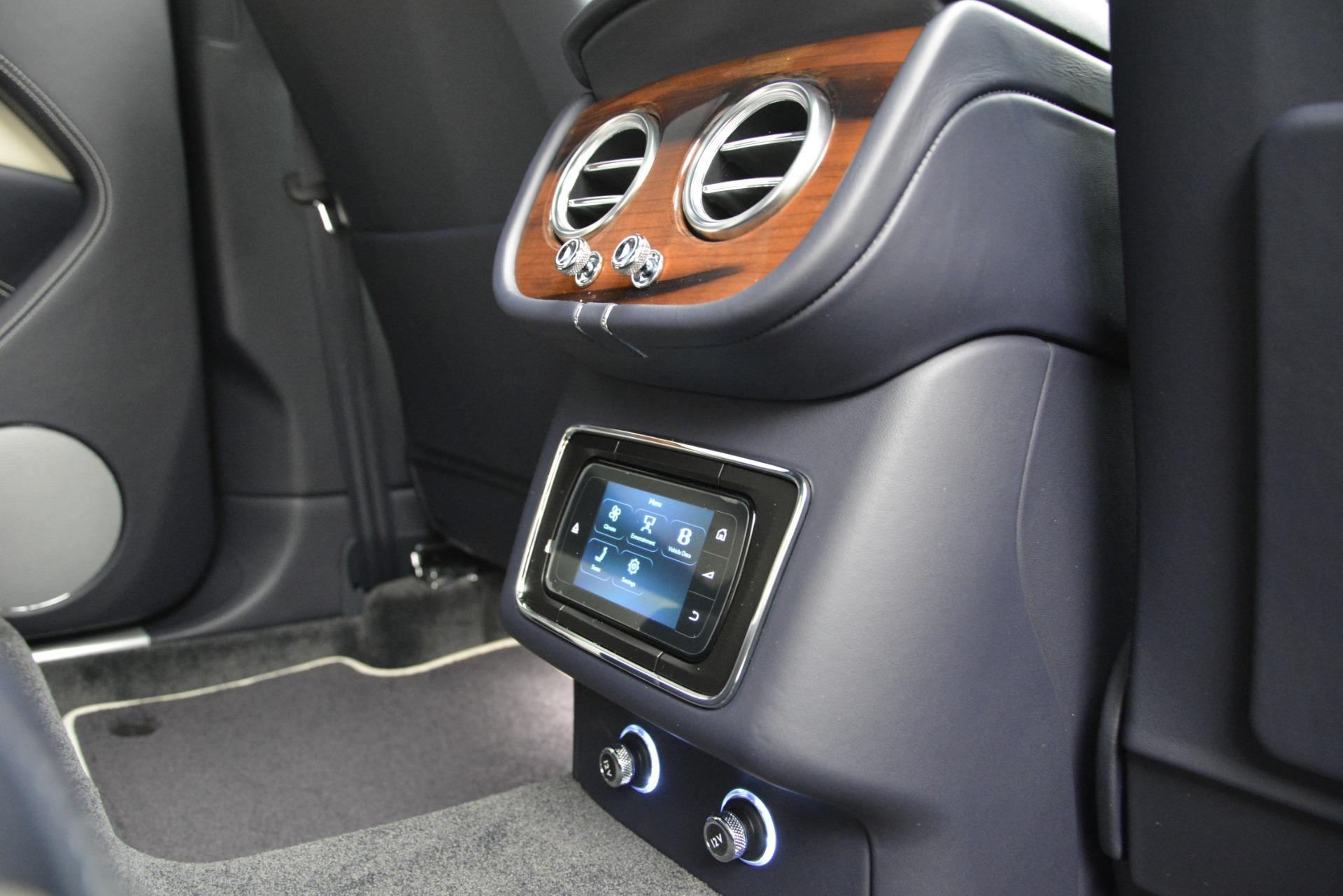 New 2019 Bentley Bentayga V8 For Sale In Westport, CT 2546_p26