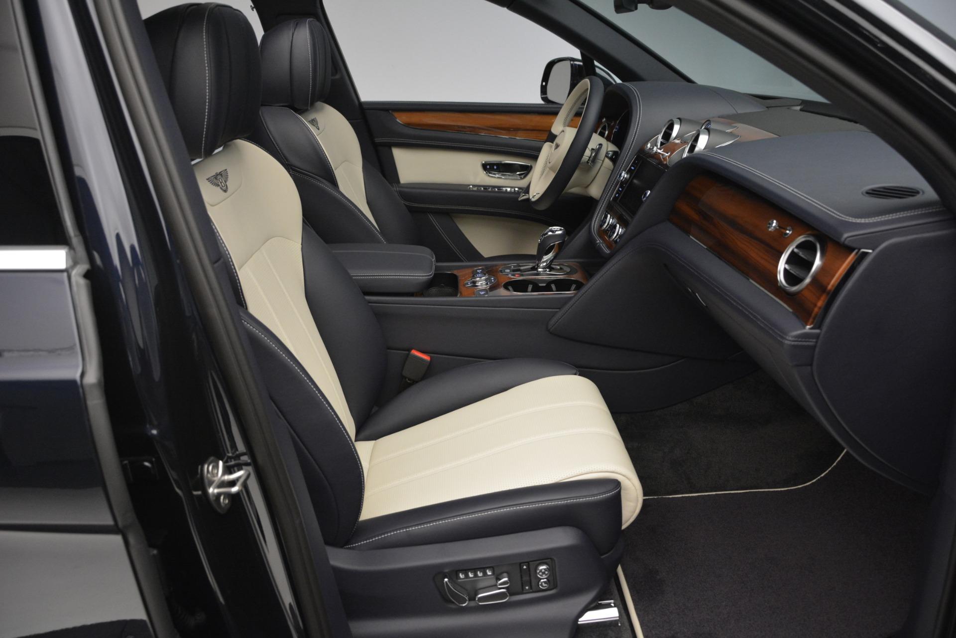 New 2019 Bentley Bentayga V8 For Sale In Westport, CT 2546_p28