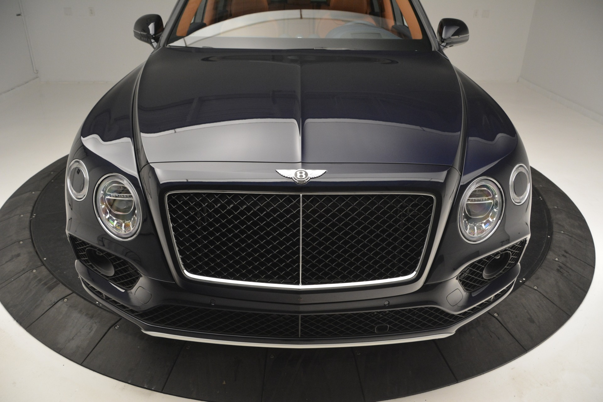 New 2019 Bentley Bentayga V8 For Sale In Westport, CT 2548_p13
