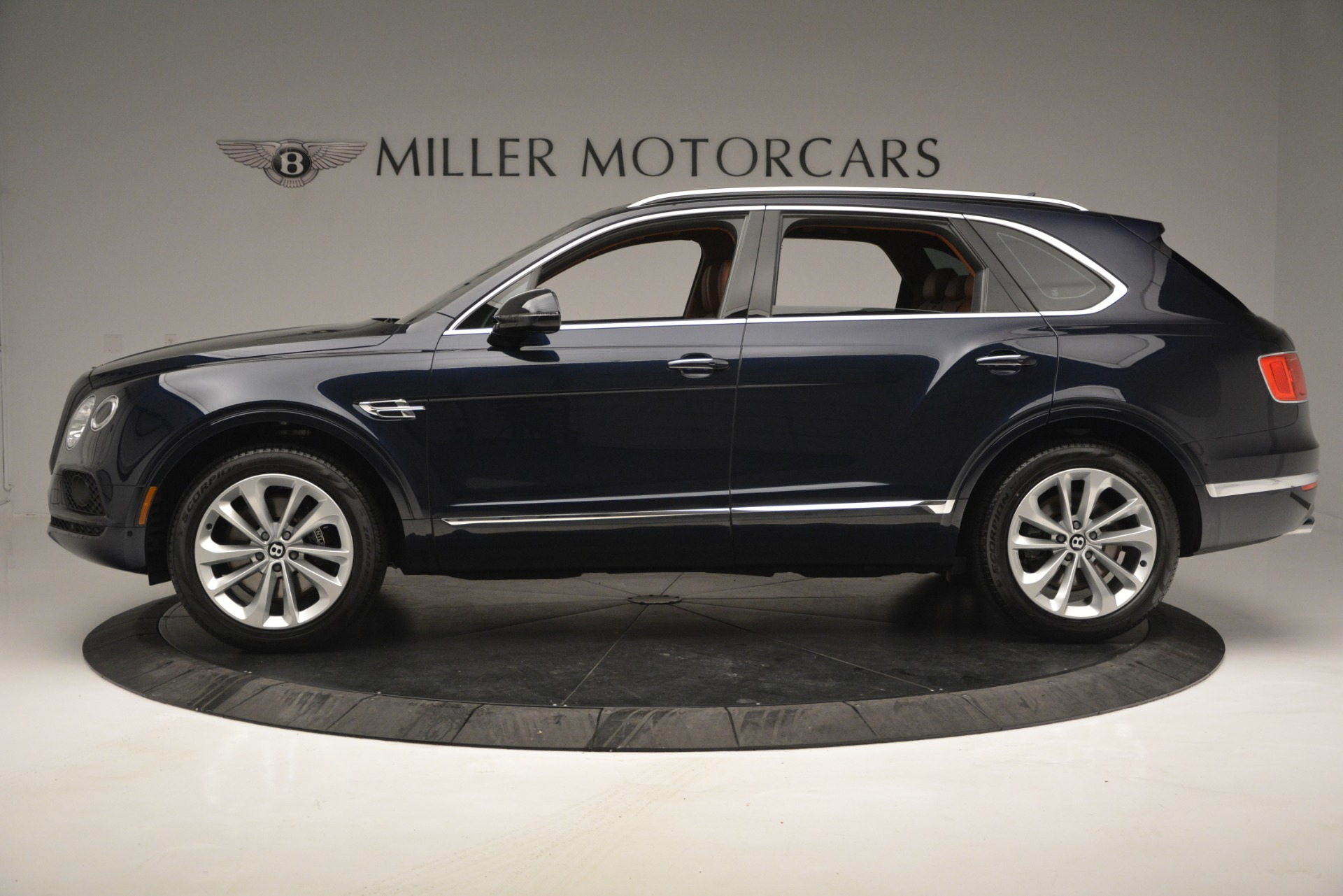 New 2019 Bentley Bentayga V8 For Sale In Westport, CT 2548_p3