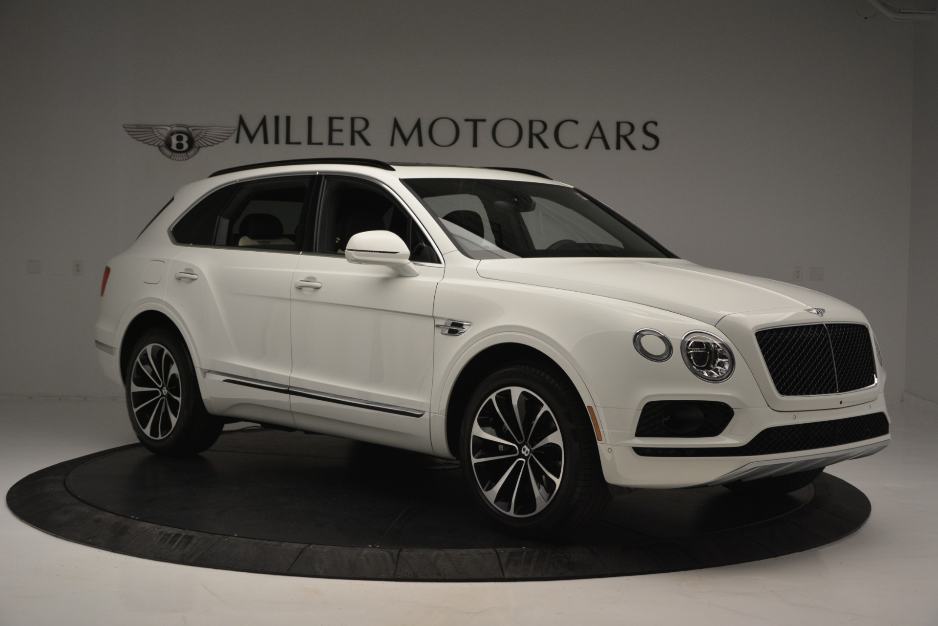 New 2019 Bentley Bentayga V8 For Sale In Westport, CT 2550_p10