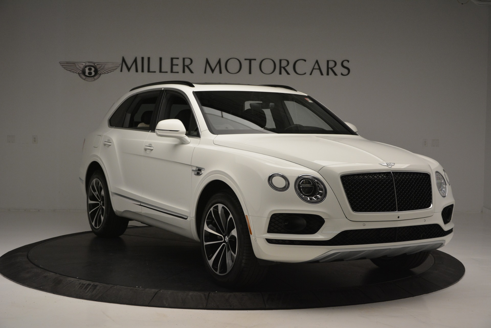 New 2019 Bentley Bentayga V8 For Sale In Westport, CT 2550_p11
