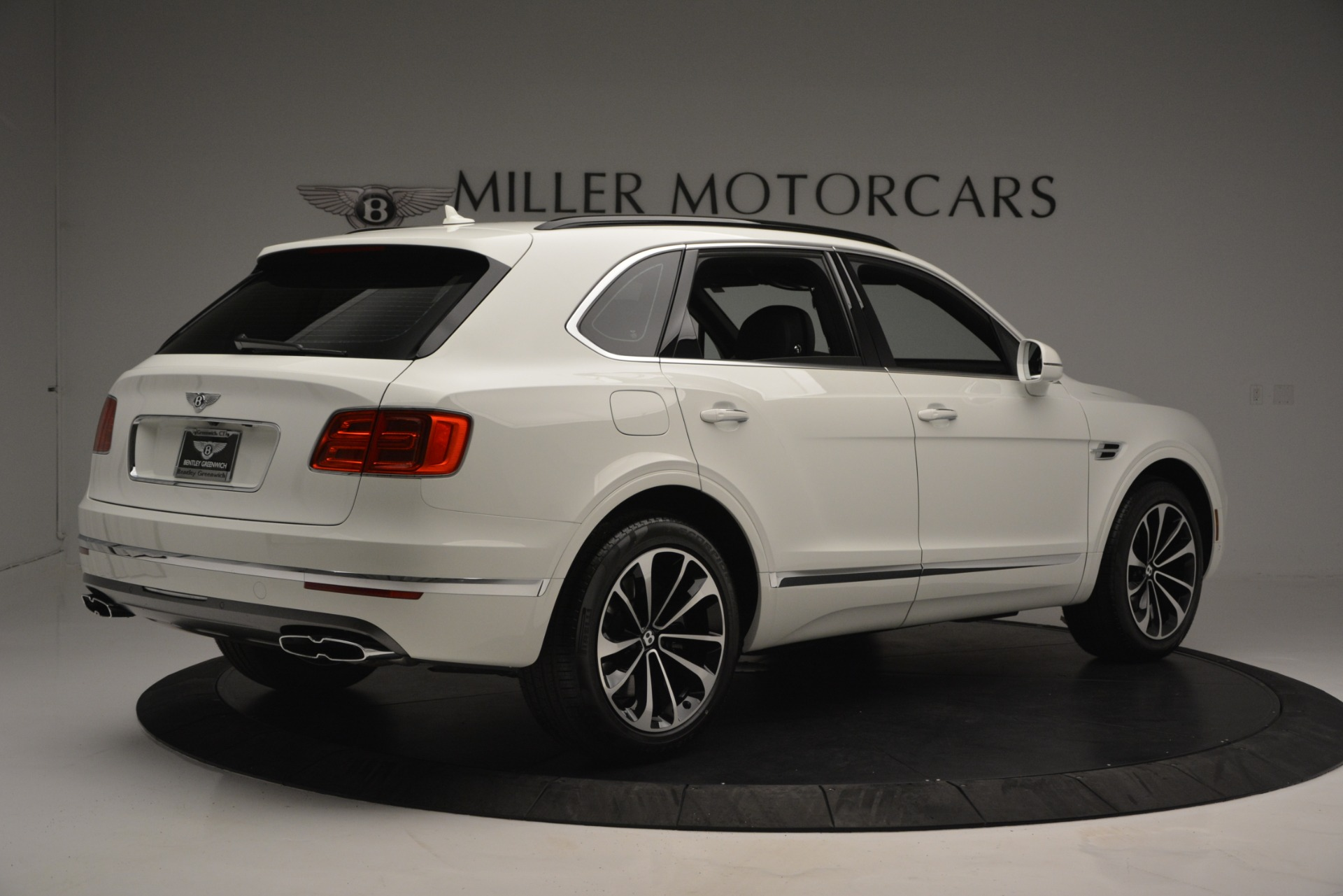 New 2019 Bentley Bentayga V8 For Sale In Westport, CT 2550_p8