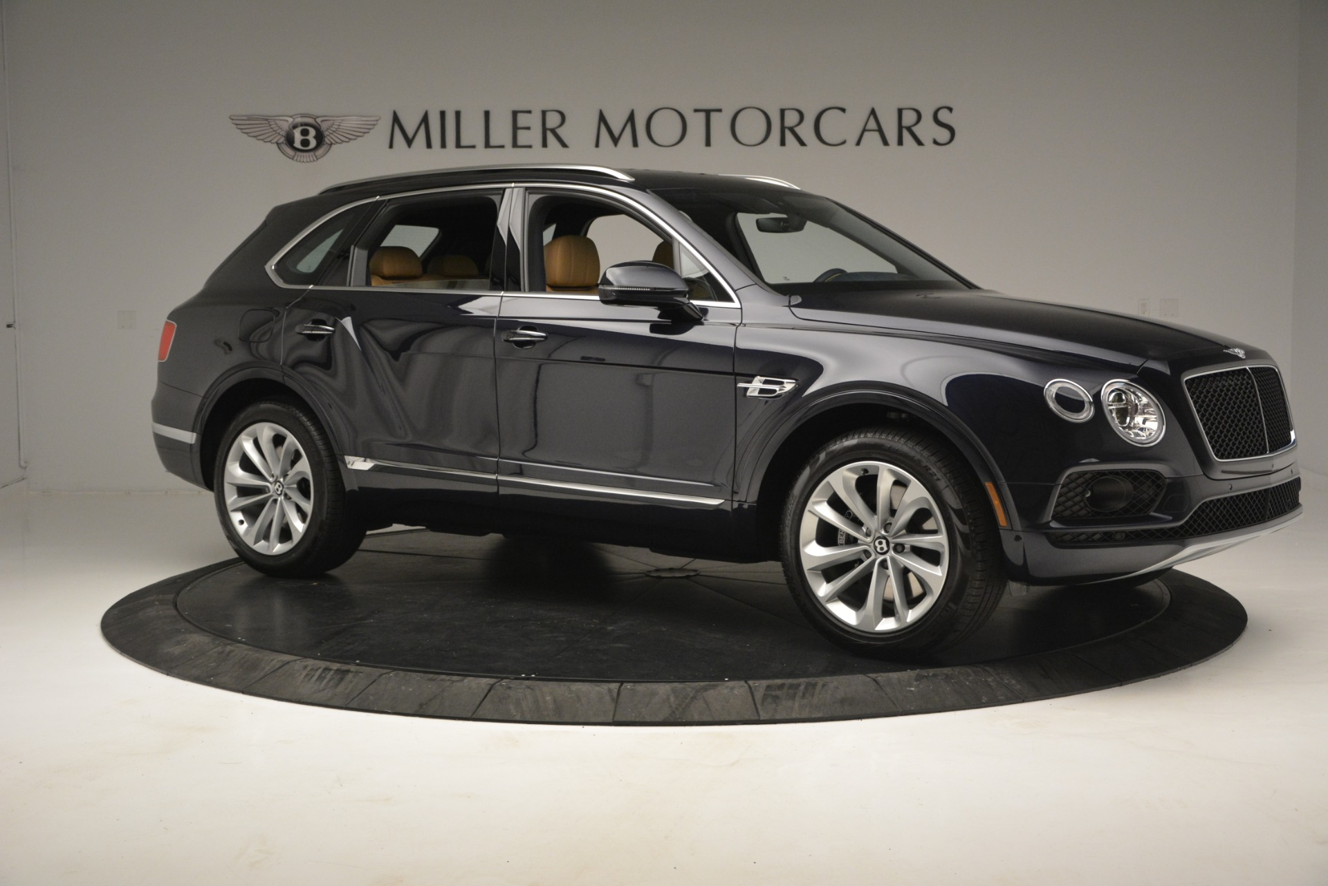 New 2019 Bentley Bentayga V8 For Sale In Westport, CT 2551_p10