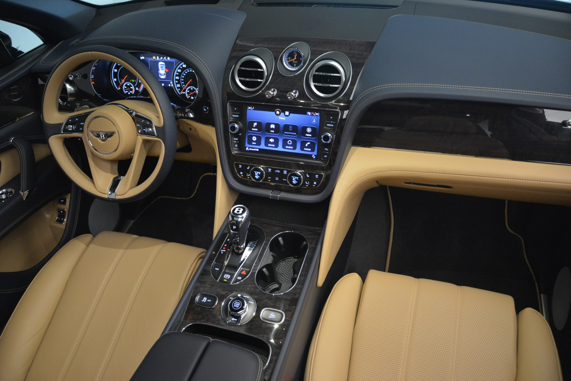 New 2019 Bentley Bentayga V8 For Sale In Westport, CT 2551_p31
