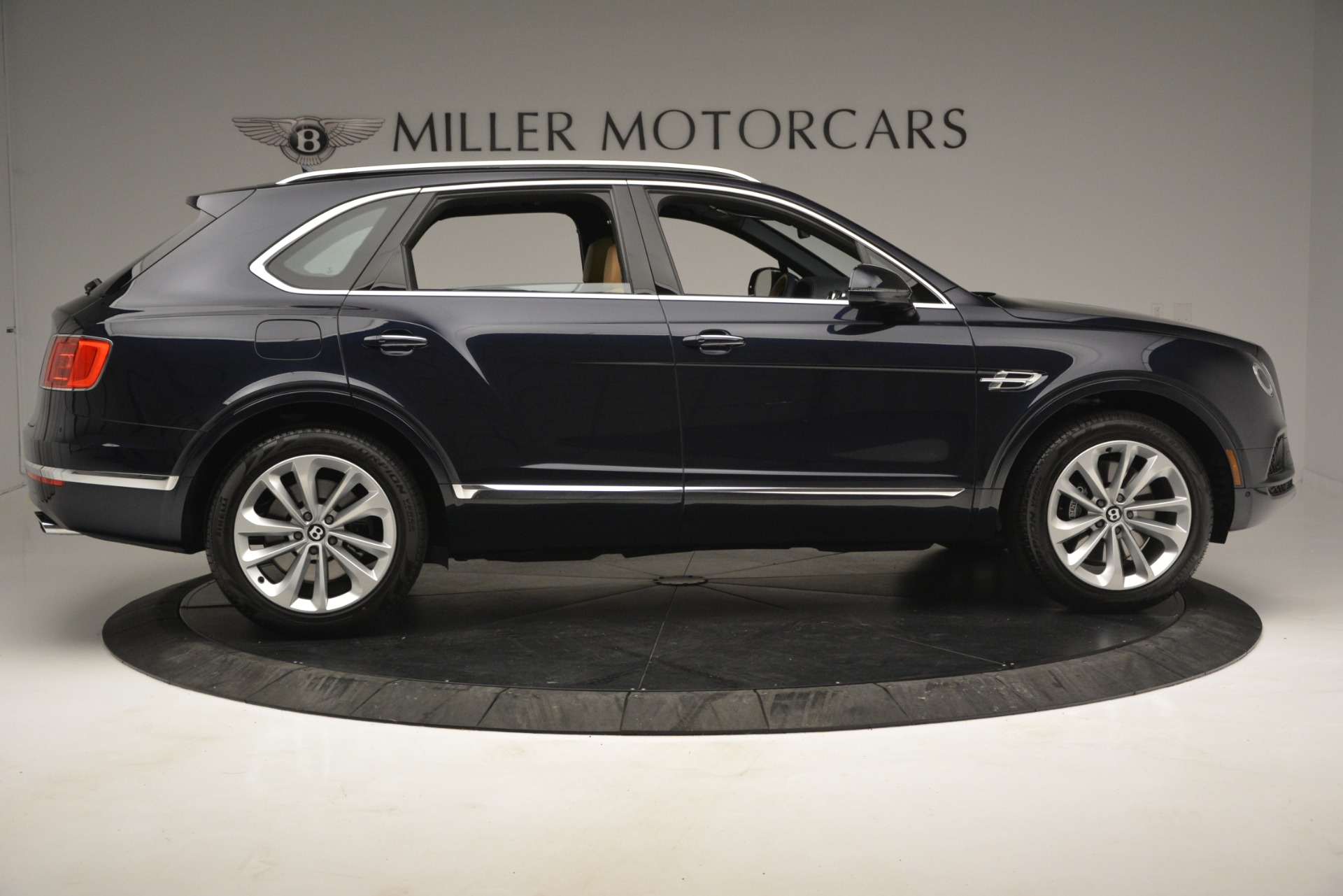 New 2019 Bentley Bentayga V8 For Sale In Westport, CT 2551_p9