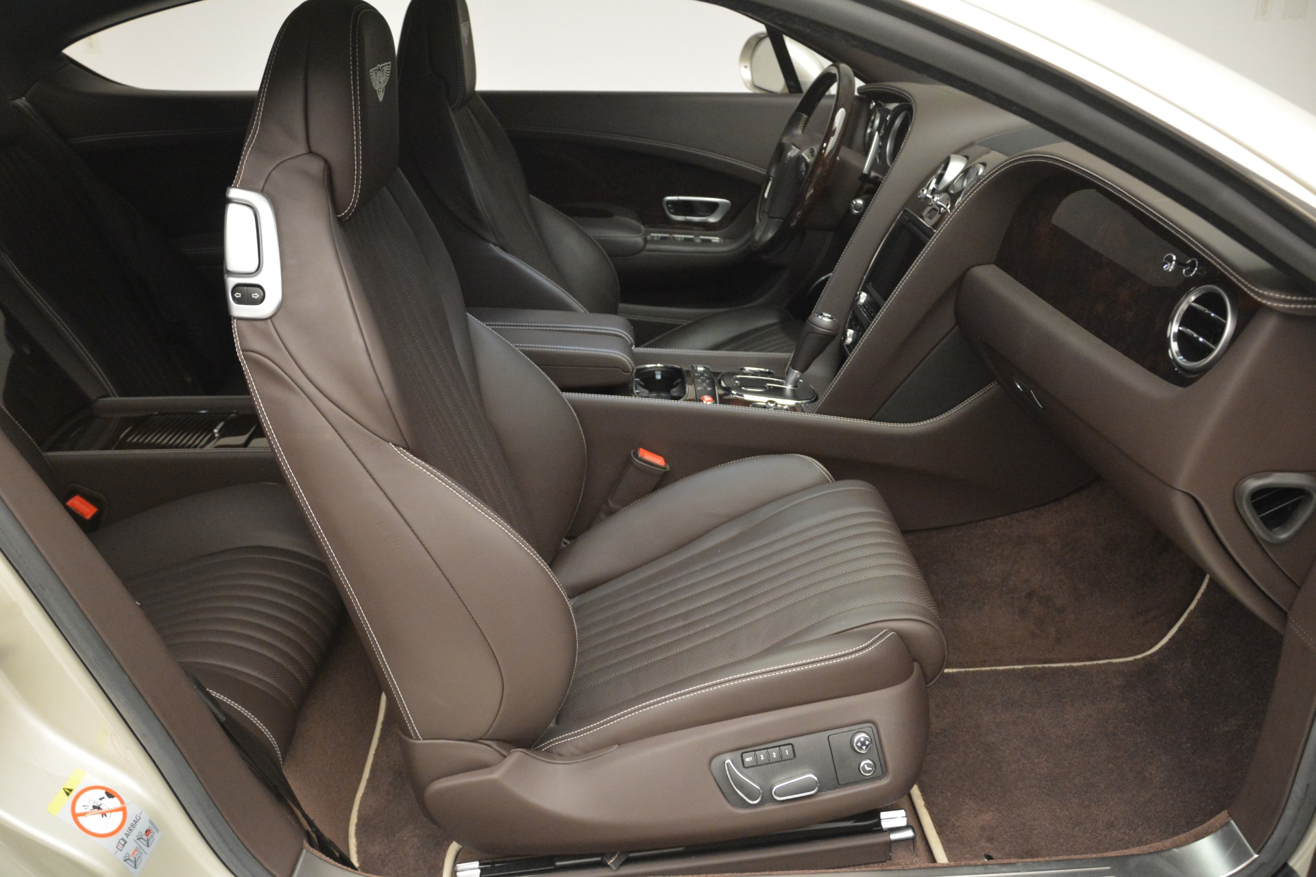 Used 2016 Bentley Continental GT W12 For Sale In Westport, CT 2555_p24