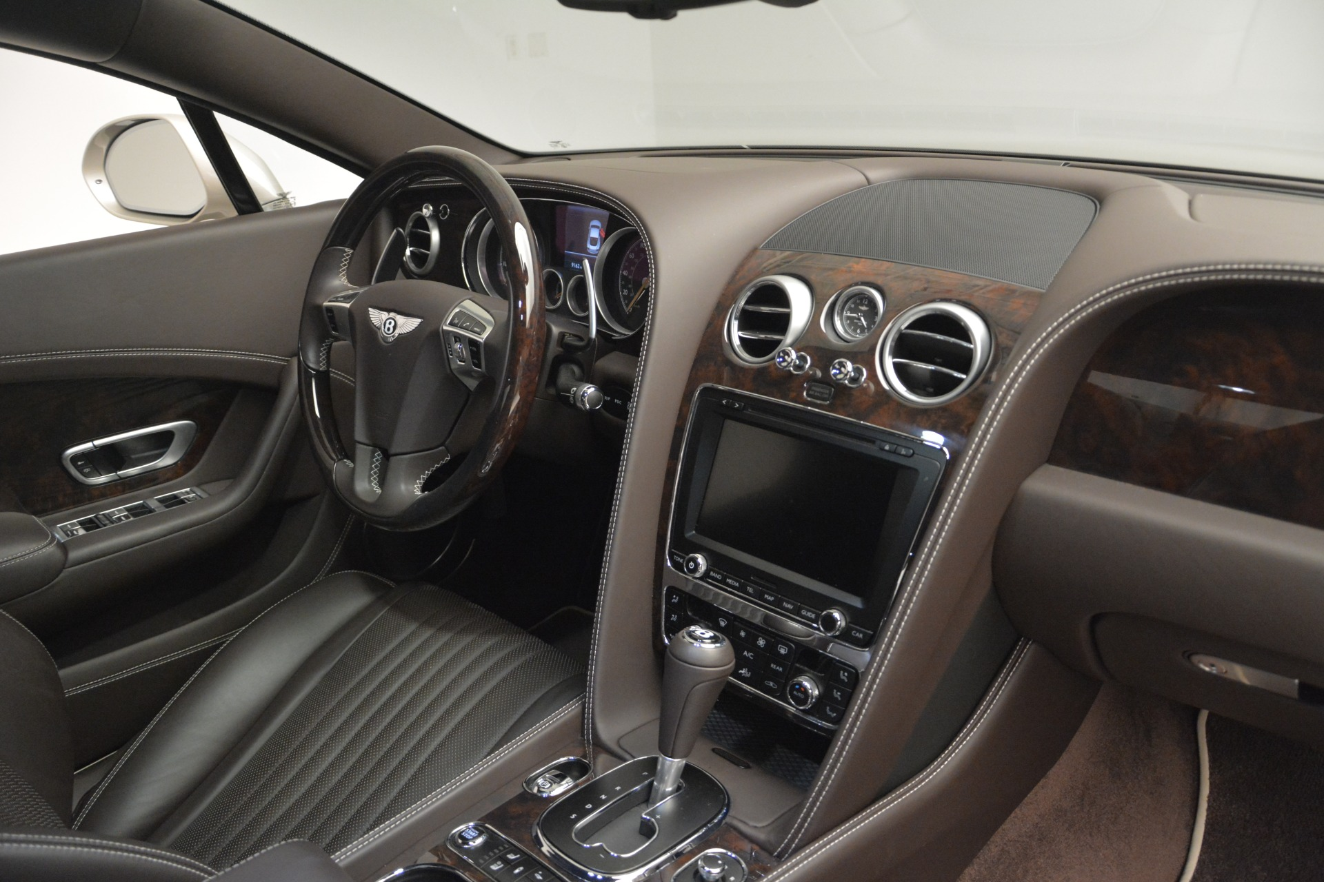 Used 2016 Bentley Continental GT W12 For Sale In Westport, CT 2555_p26