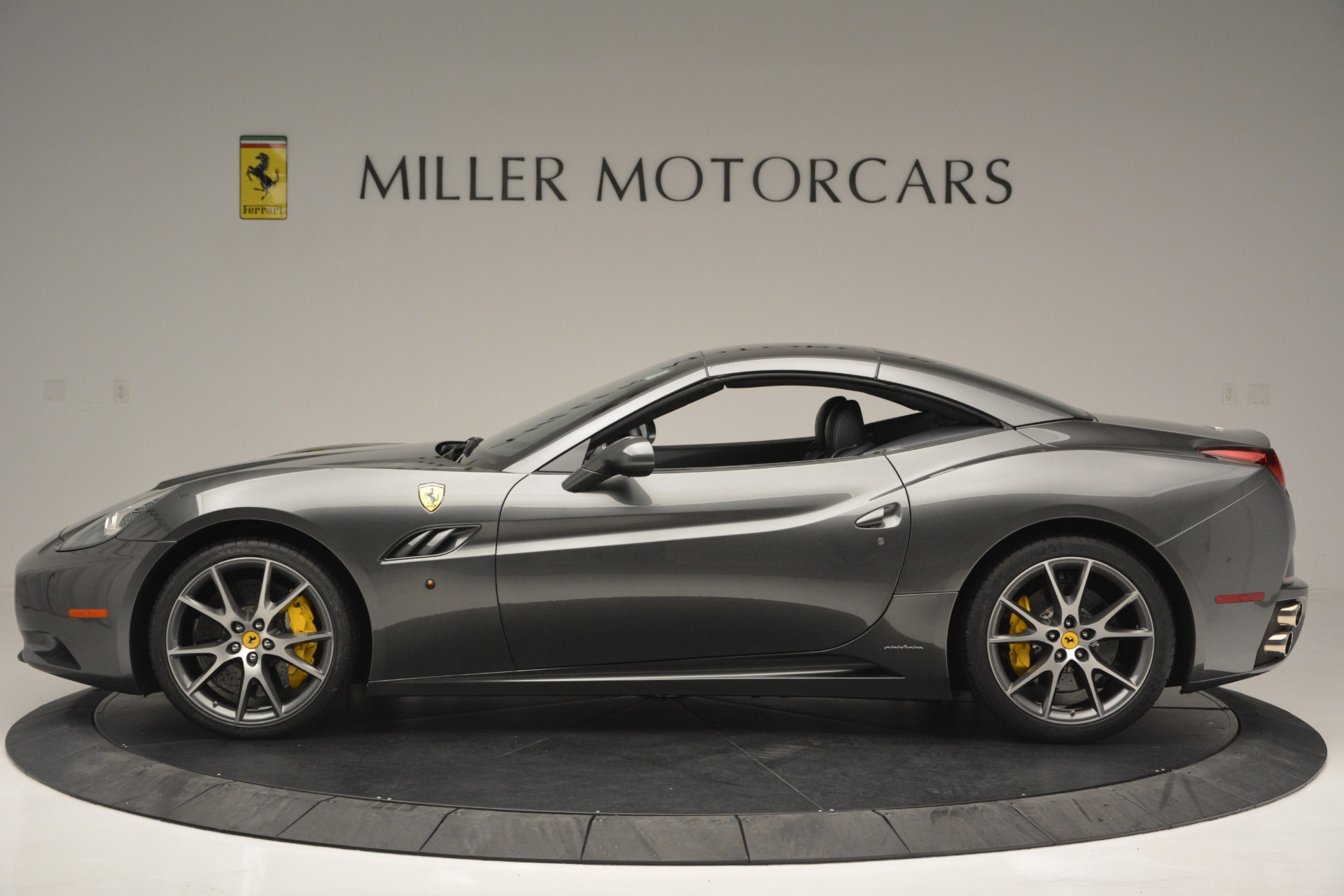 Used 2013 Ferrari California 30 For Sale In Westport, CT 2559_p15