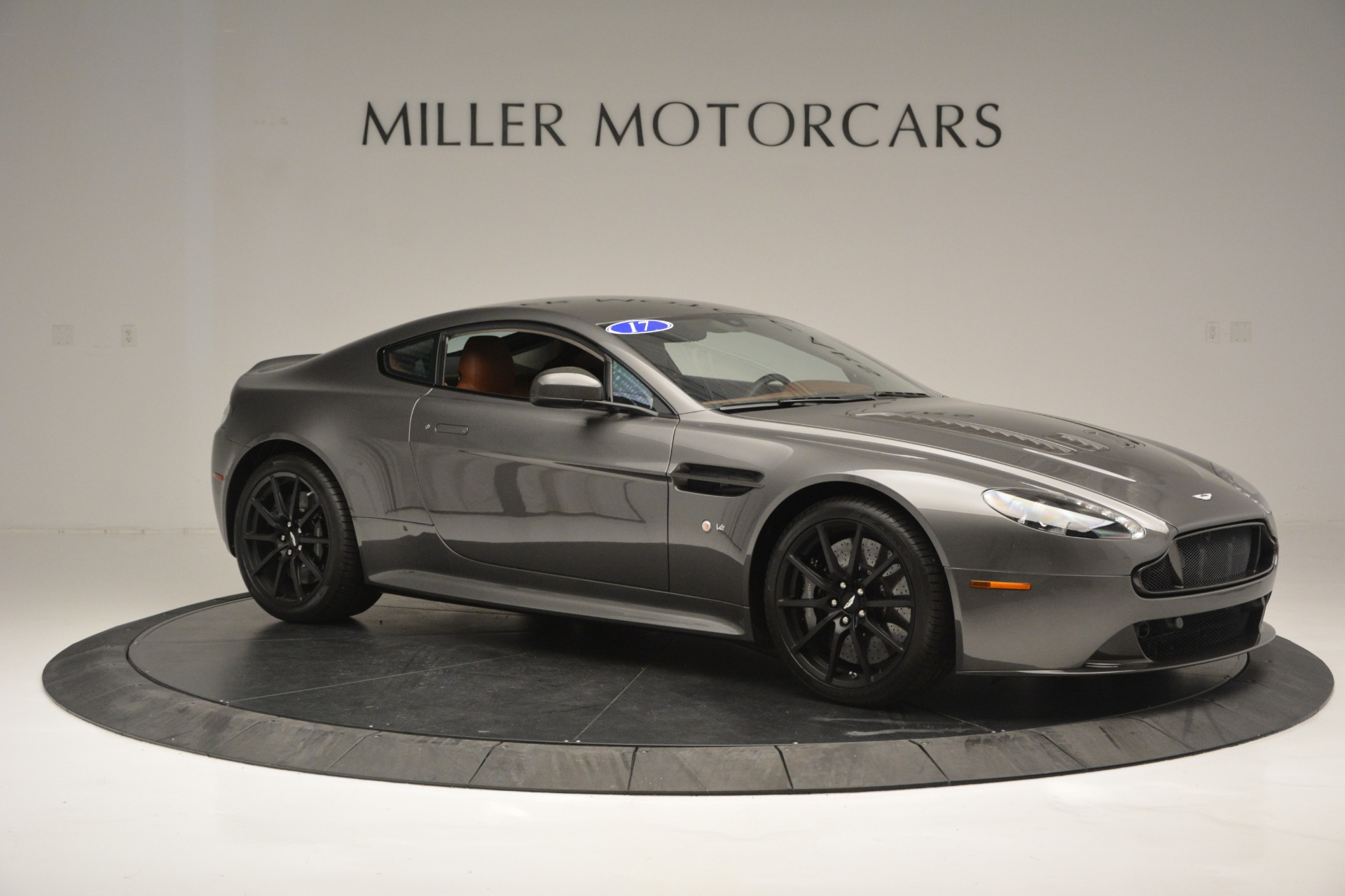 Used 2017 Aston Martin V12 Vantage S  For Sale In Westport, CT 2561_p10
