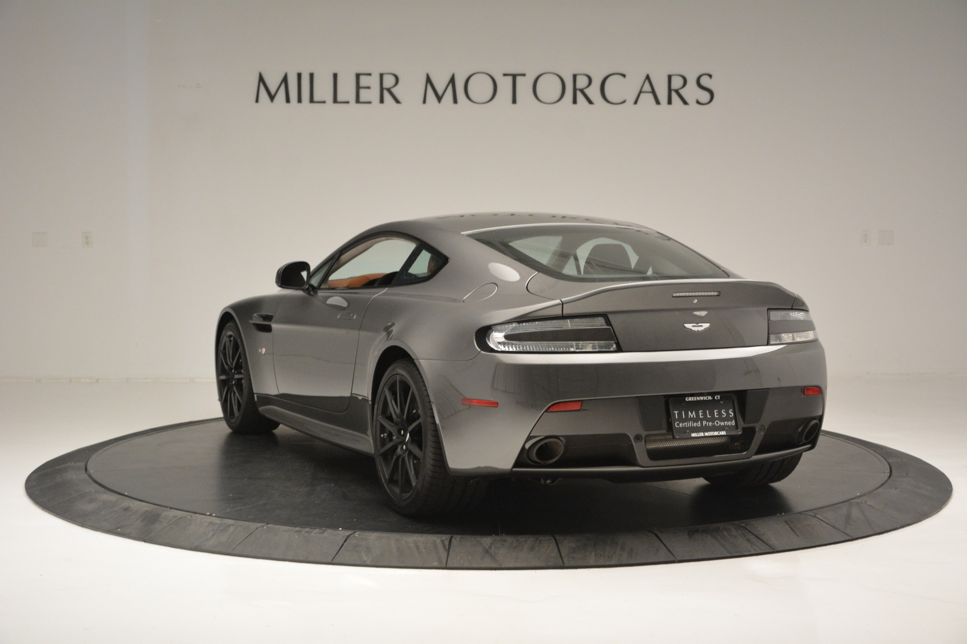Used 2017 Aston Martin V12 Vantage S  For Sale In Westport, CT 2561_p5