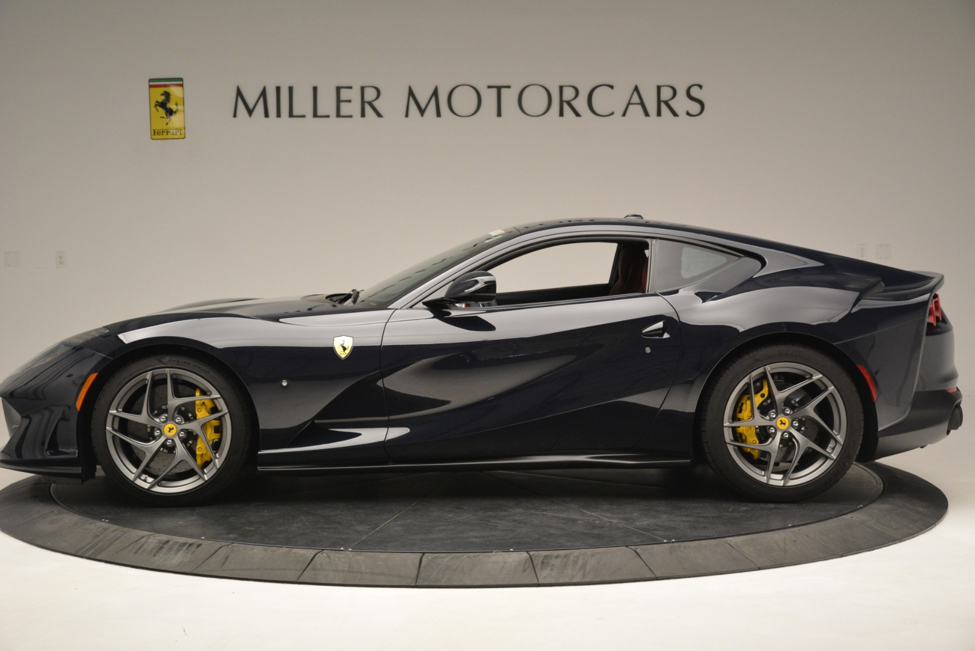Used 2018 Ferrari 812 Superfast  For Sale In Westport, CT 2569_p3