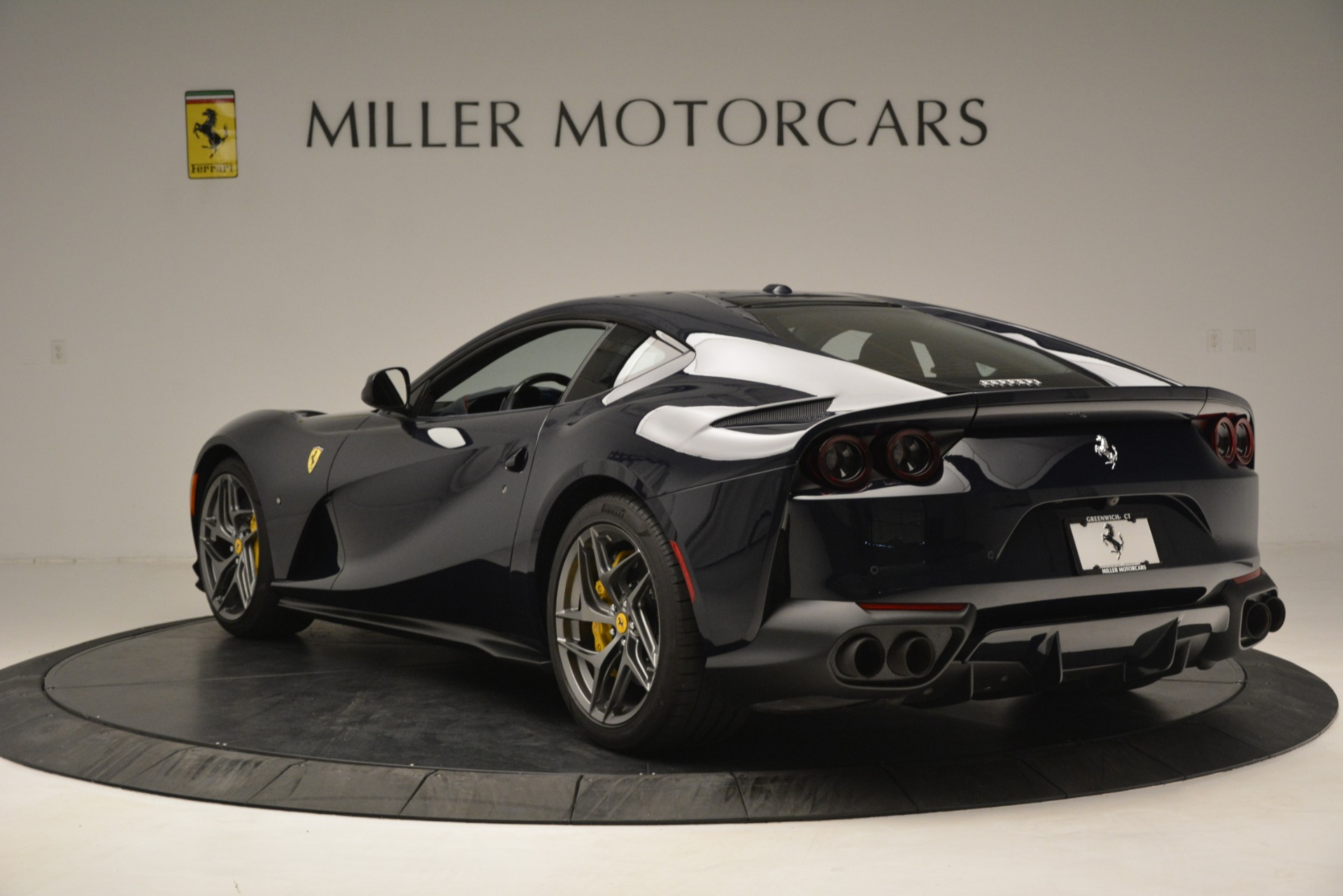 Used 2018 Ferrari 812 Superfast  For Sale In Westport, CT 2569_p5