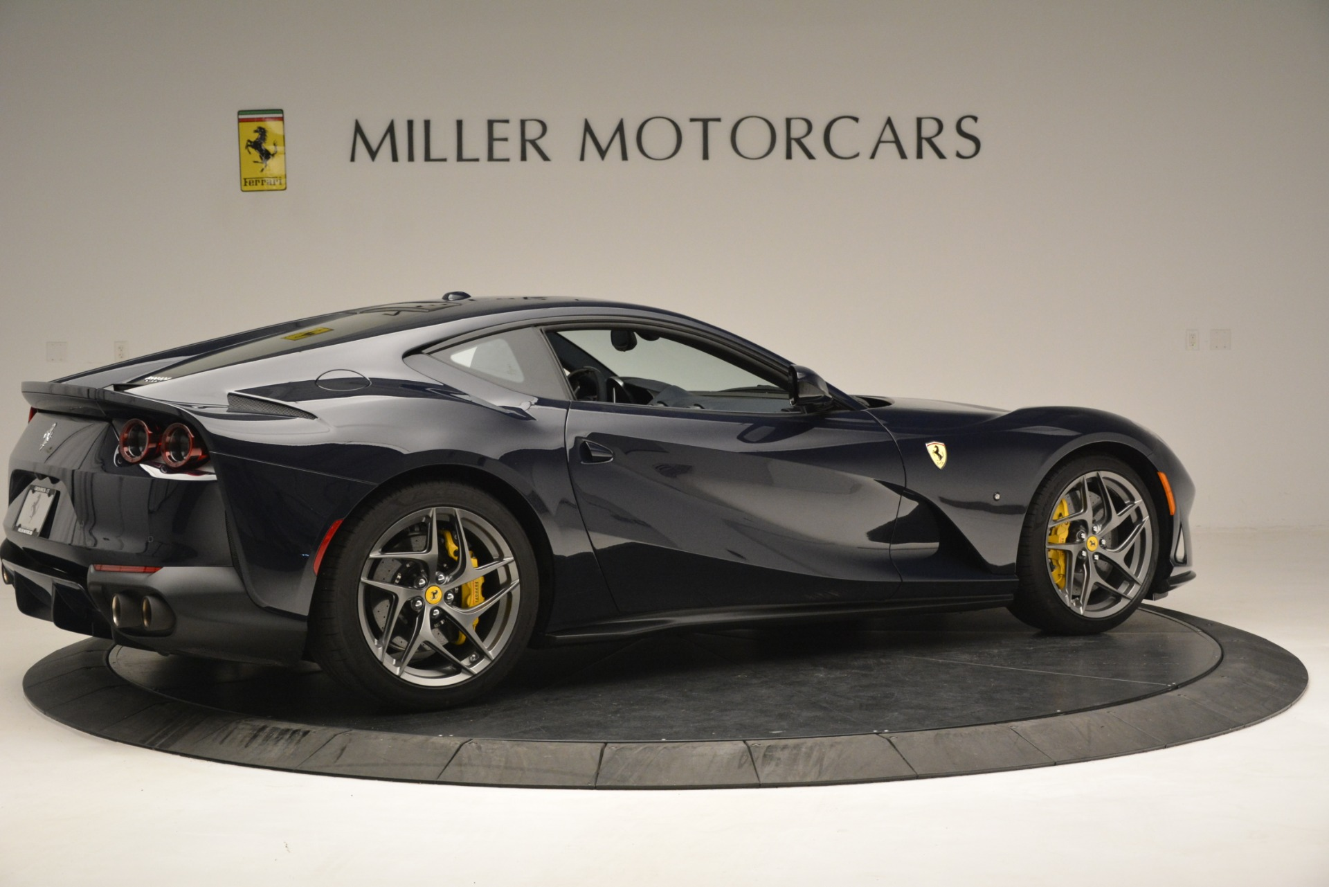 Used 2018 Ferrari 812 Superfast  For Sale In Westport, CT 2569_p9