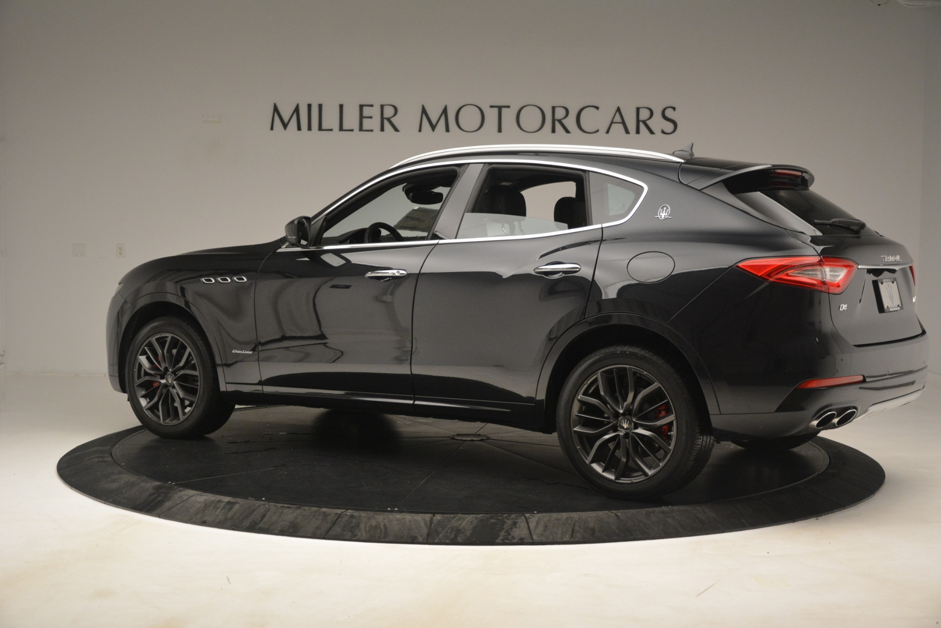 New 2019 Maserati Levante Q4 GranLusso For Sale In Westport, CT 2580_p4