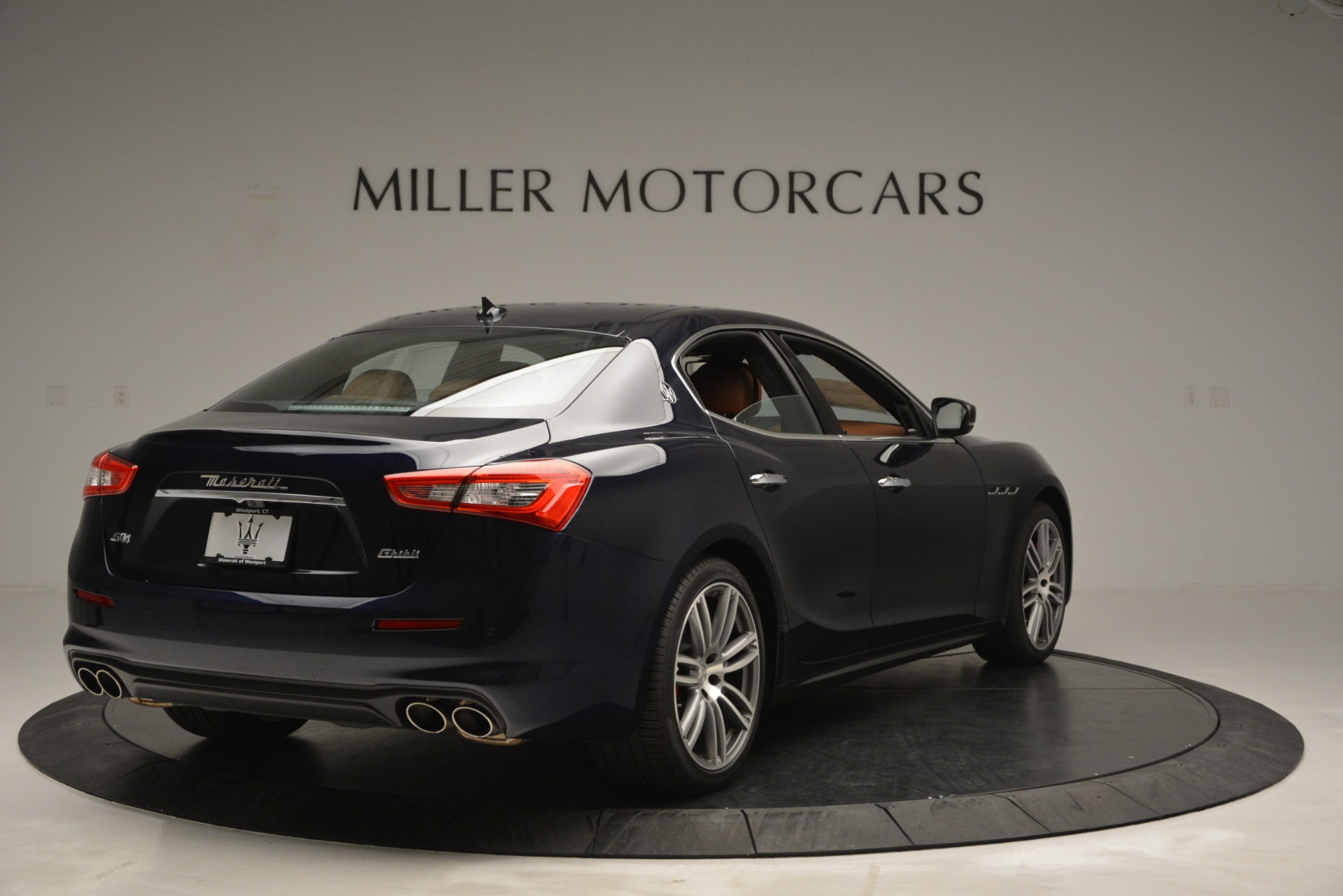 Used 2019 Maserati Ghibli S Q4 For Sale In Westport, CT 2585_p7