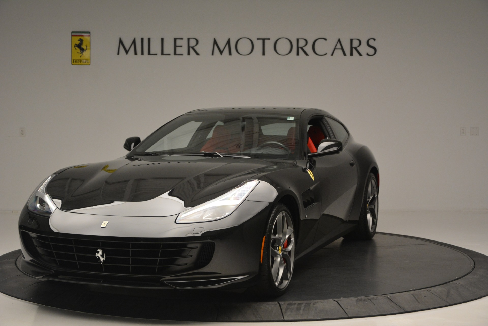 Used 2018 Ferrari GTC4LussoT V8 For Sale In Westport, CT 2598_main
