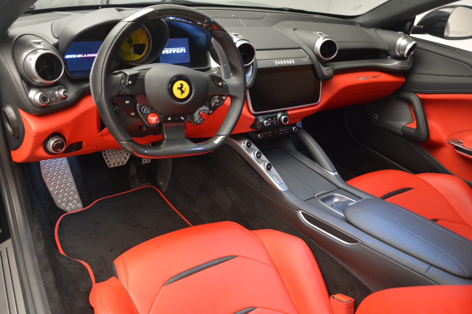 Used 2018 Ferrari GTC4Lusso T  For Sale In Westport, CT 2598_p14