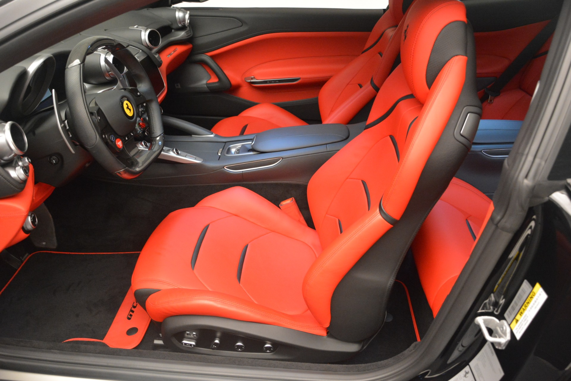 Used 2018 Ferrari GTC4LussoT V8 For Sale In Westport, CT 2598_p15