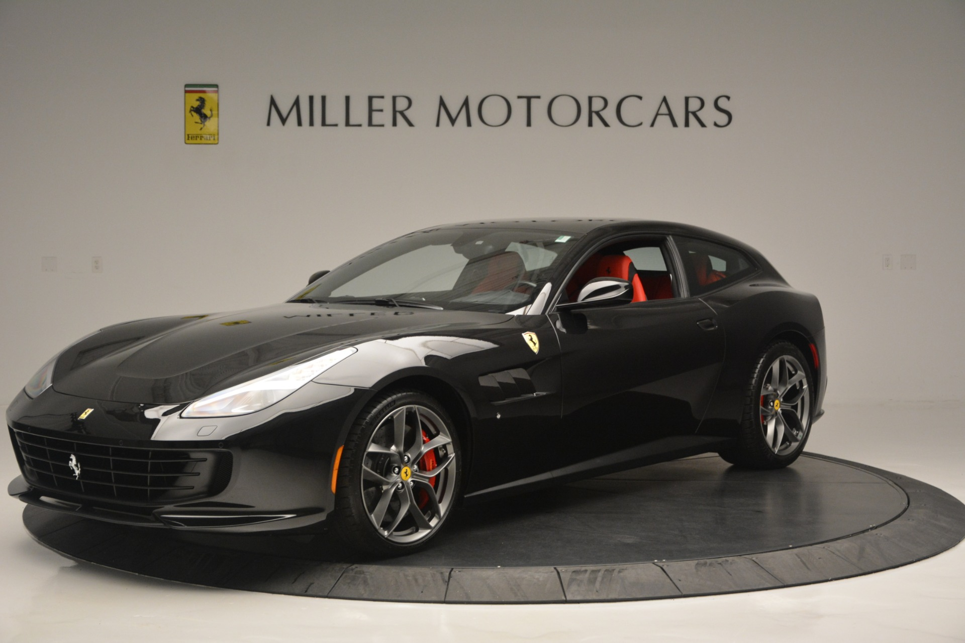 Used 2018 Ferrari GTC4LussoT V8 For Sale In Westport, CT 2598_p2