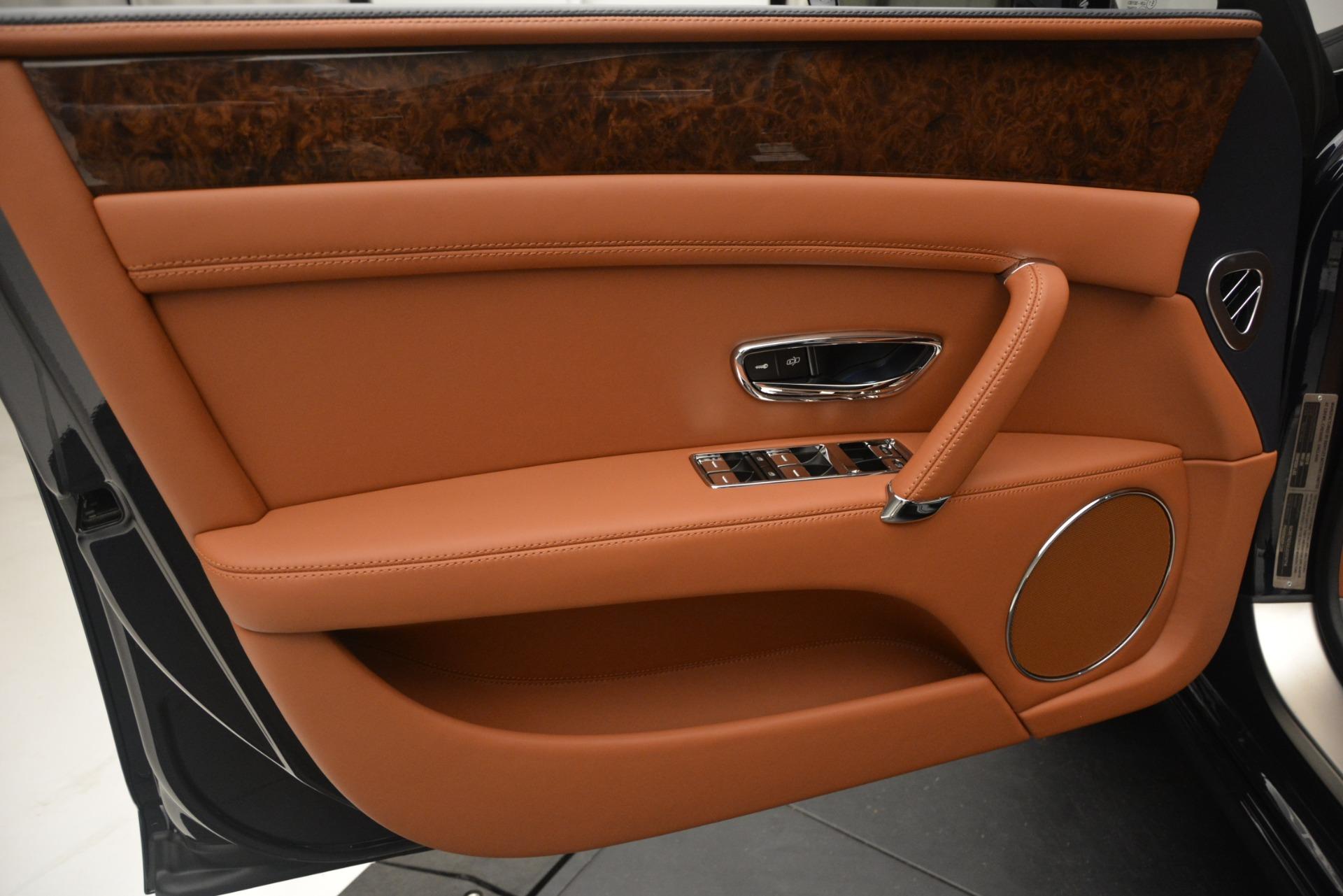 New 2018 Bentley Flying Spur V8 For Sale In Westport, CT 2601_p17