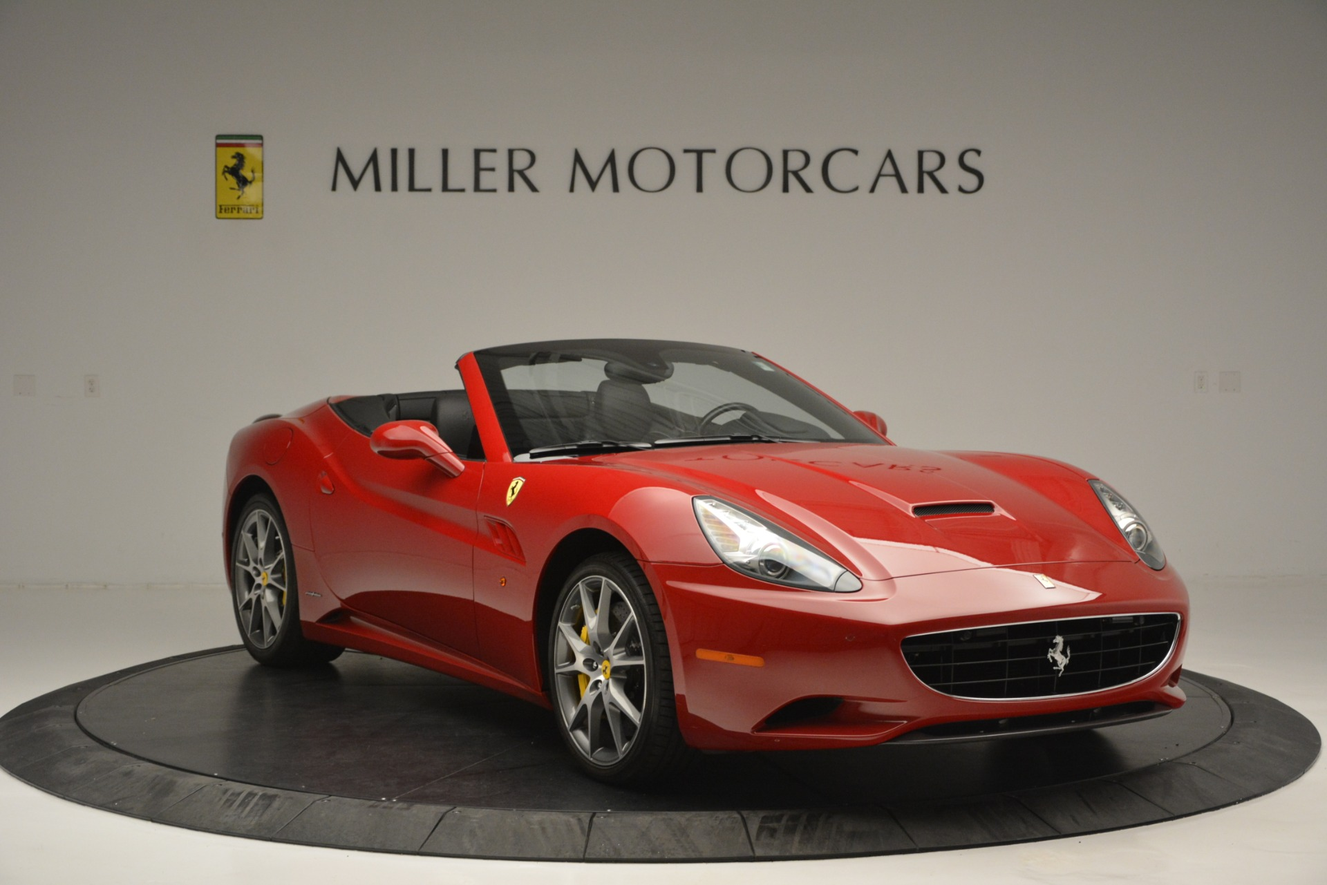 Used 2011 Ferrari California  For Sale In Westport, CT 2618_p12