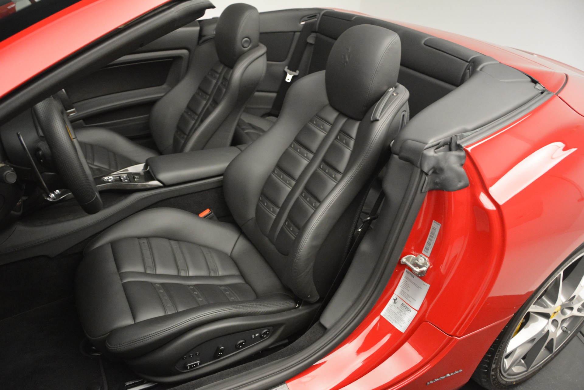Used 2011 Ferrari California  For Sale In Westport, CT 2618_p20