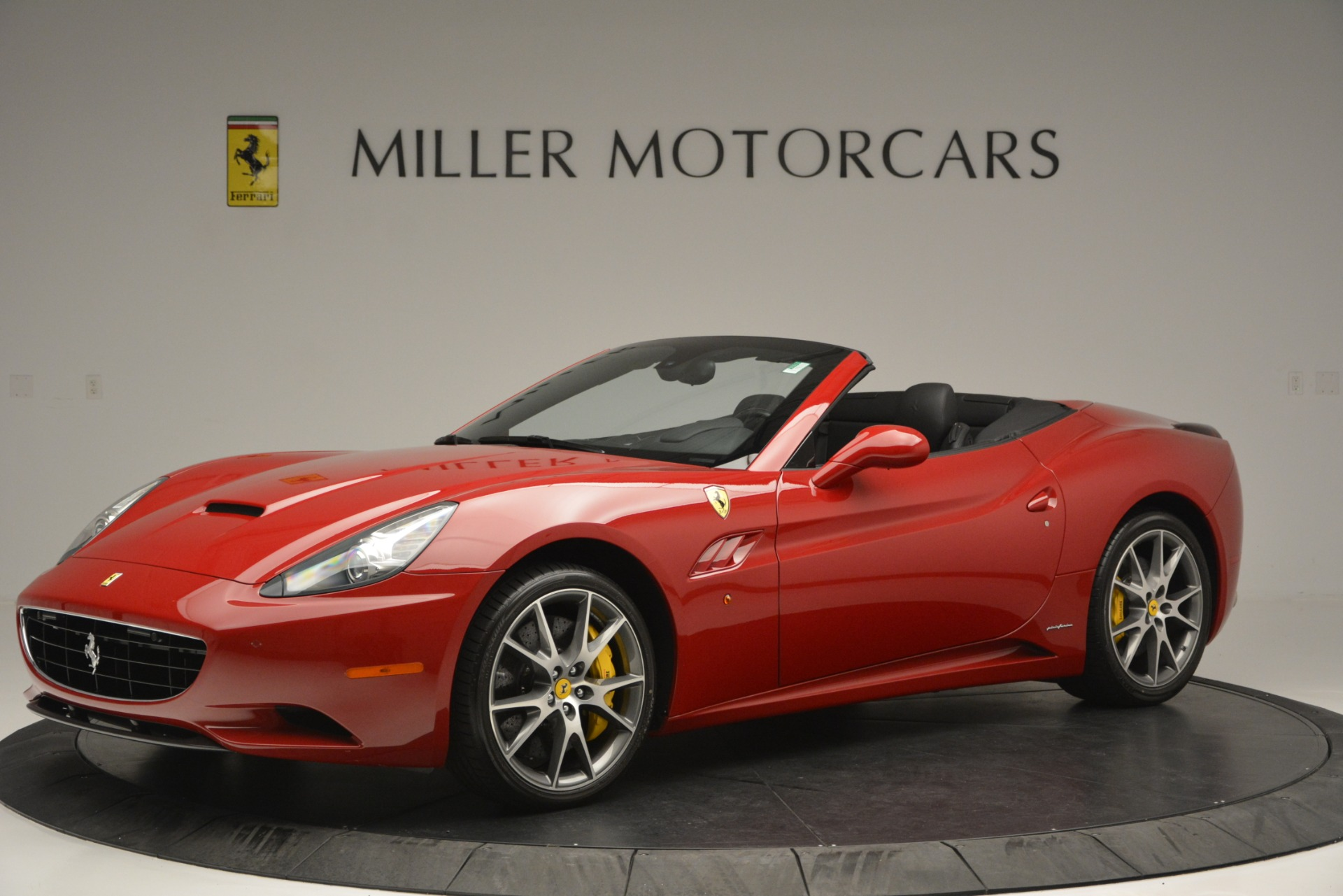 Used 2011 Ferrari California  For Sale In Westport, CT 2618_p2