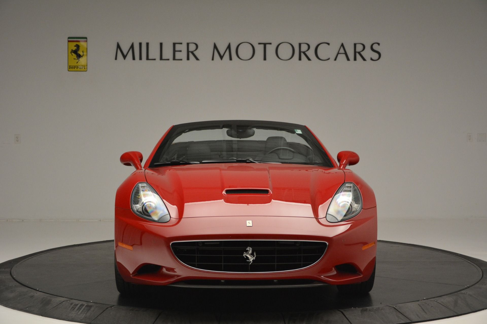 Used 2011 Ferrari California  For Sale In Westport, CT 2618_p6